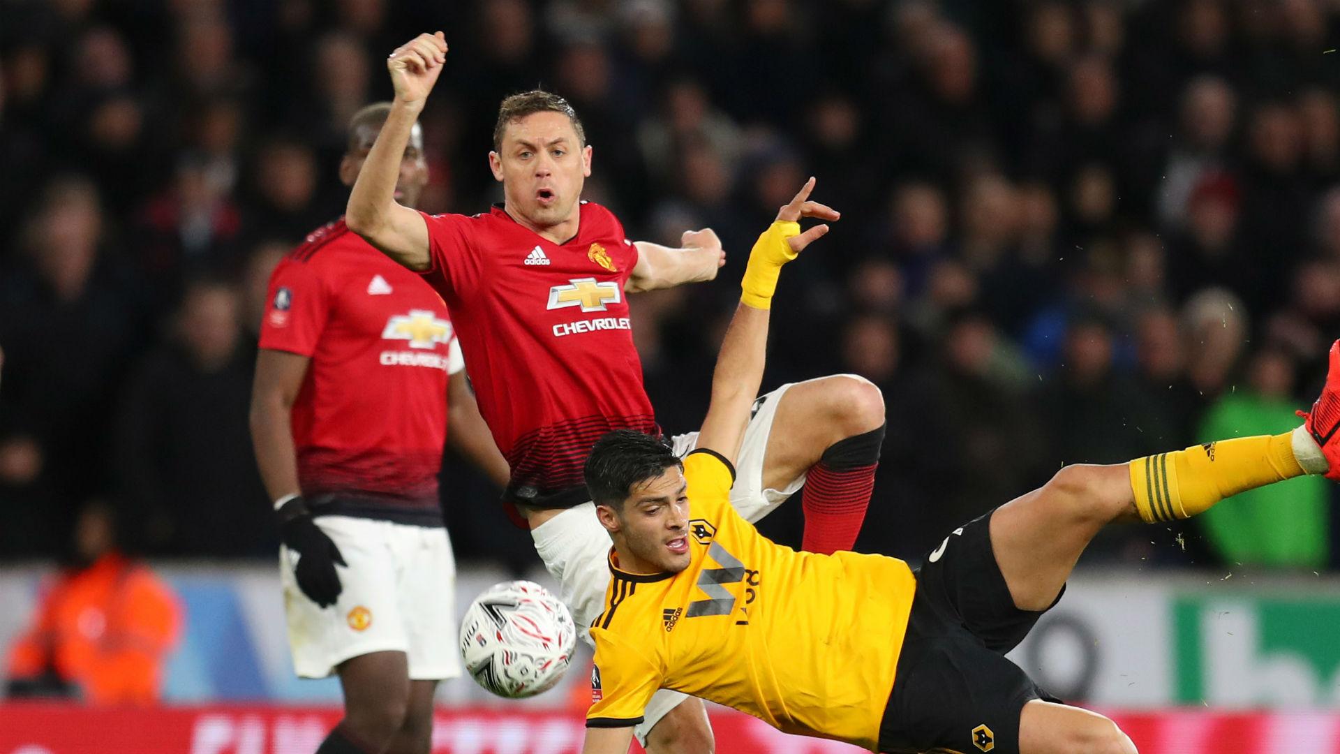 Matic backing Solskjaer stay despite United wobble