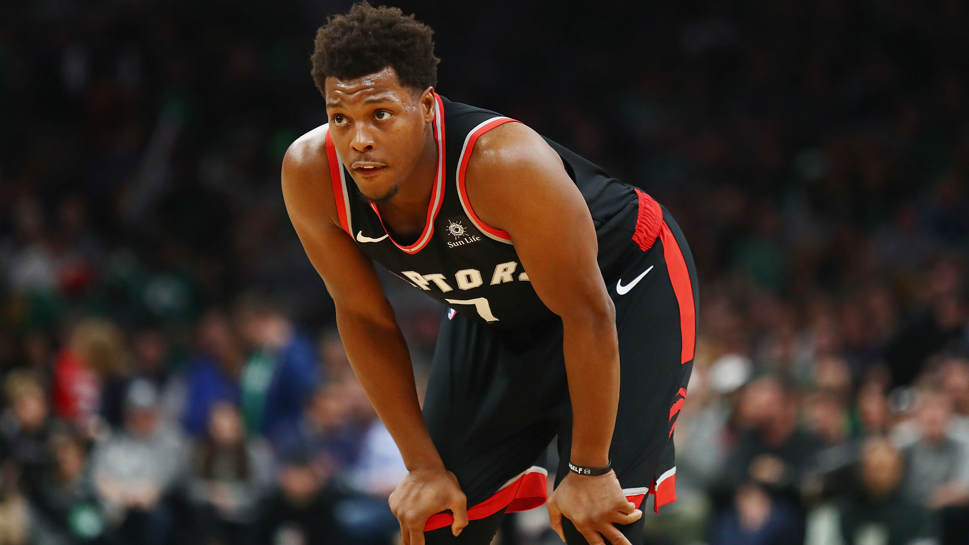 Robinson apologizes, but 'didn't mean to' fall on Lowry