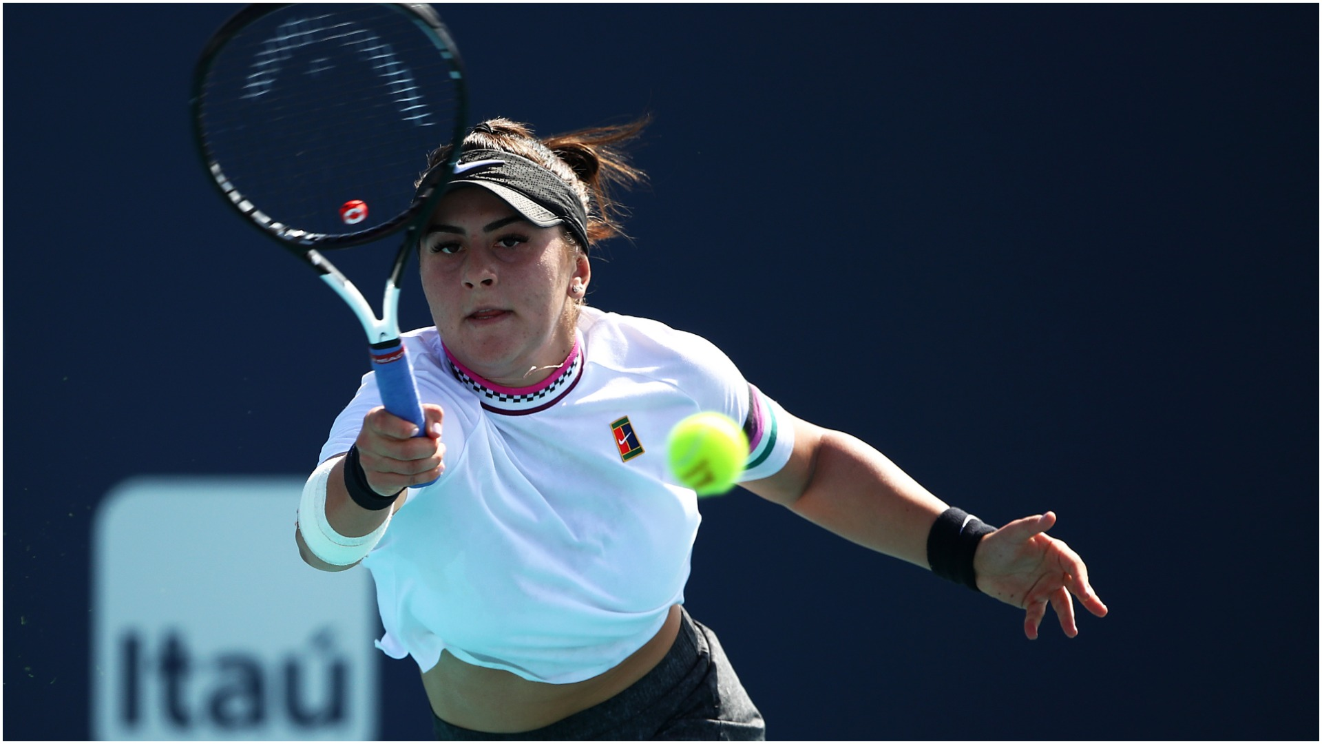 In-form Andreescu moves past Kenin in Miami
