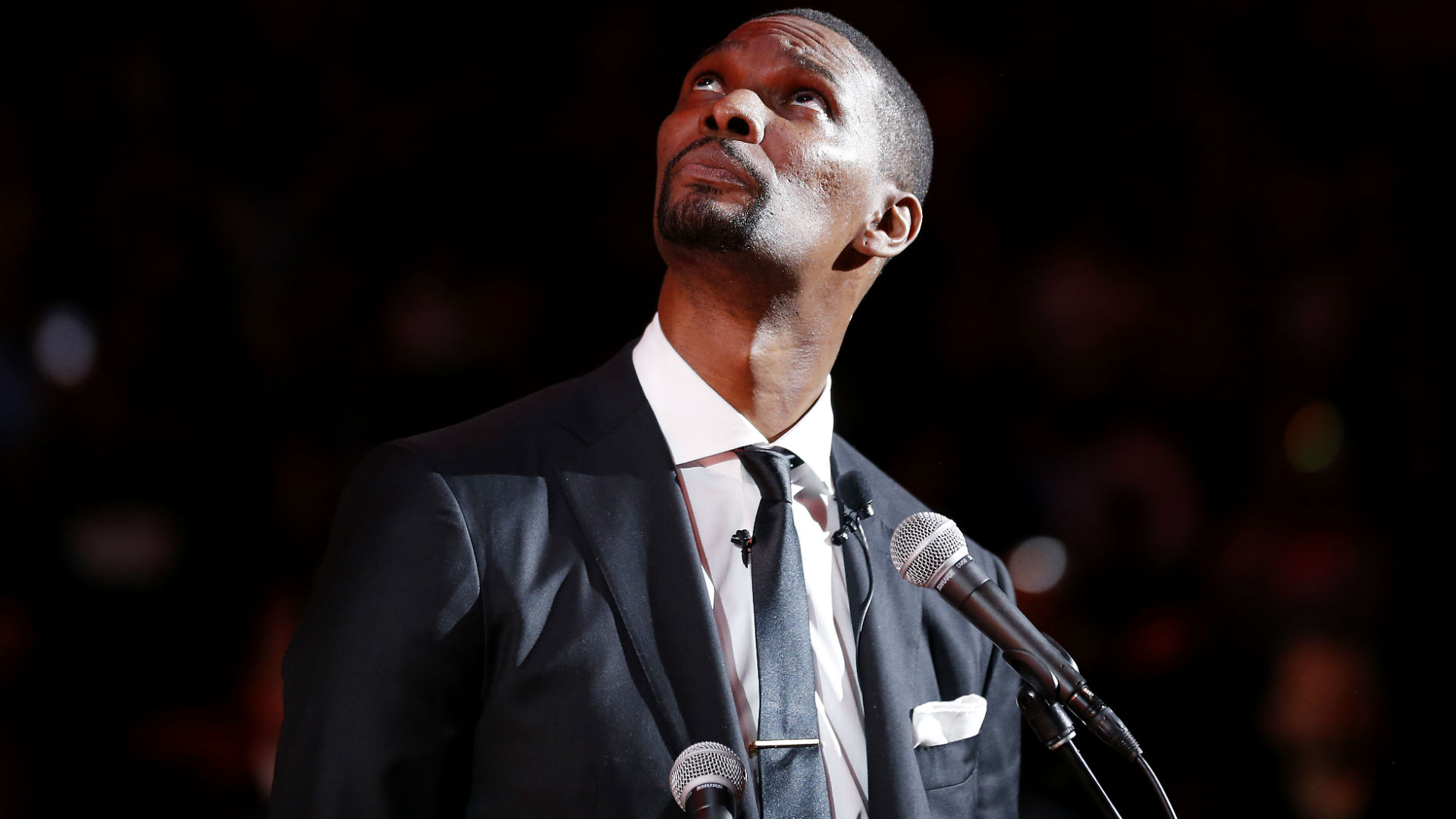 Heat honour Bosh with jersey retirement, tribute video