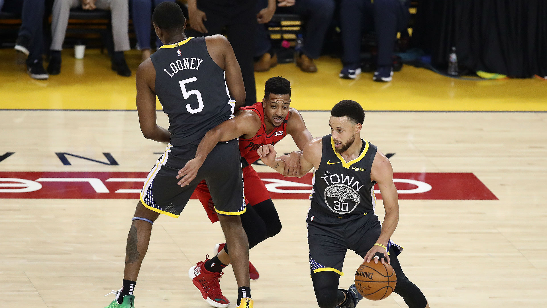 Warriors take 2-0 series lead over Trail Blazers