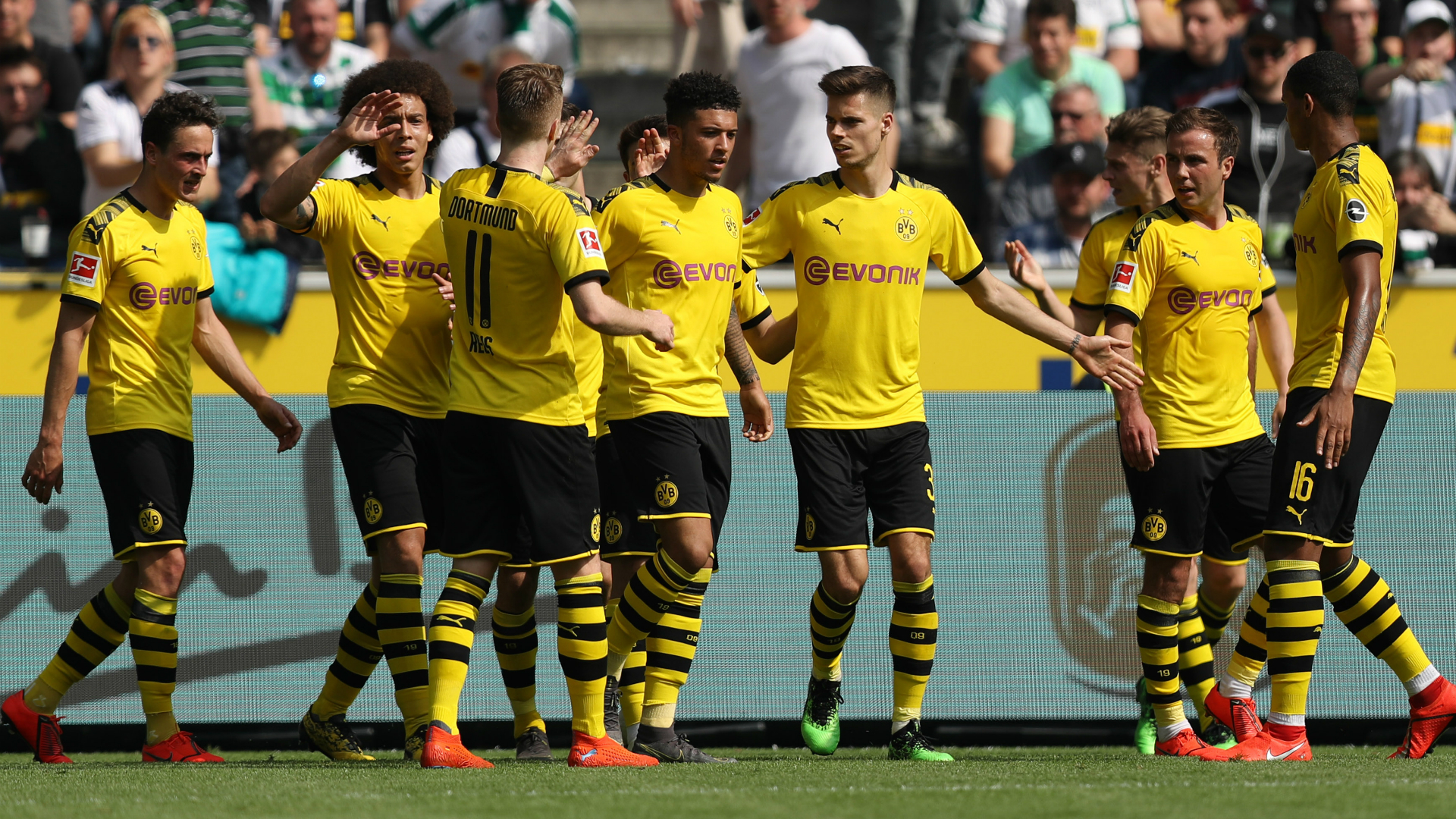Borussia Monchengladbach 0 Borussia Dortmund 2: Three points not enough for runners-up