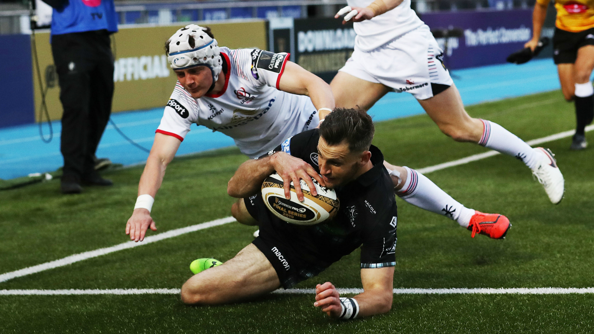 Seven-try Warriors blitz Ulster to coast into Pro14 final