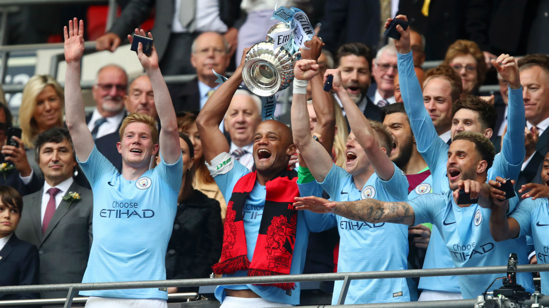 Man City are the best team in the world - Kompany