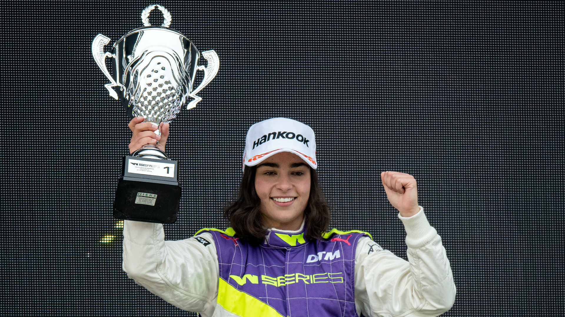 Record-breaking female driver Chadwick lands Williams development chance