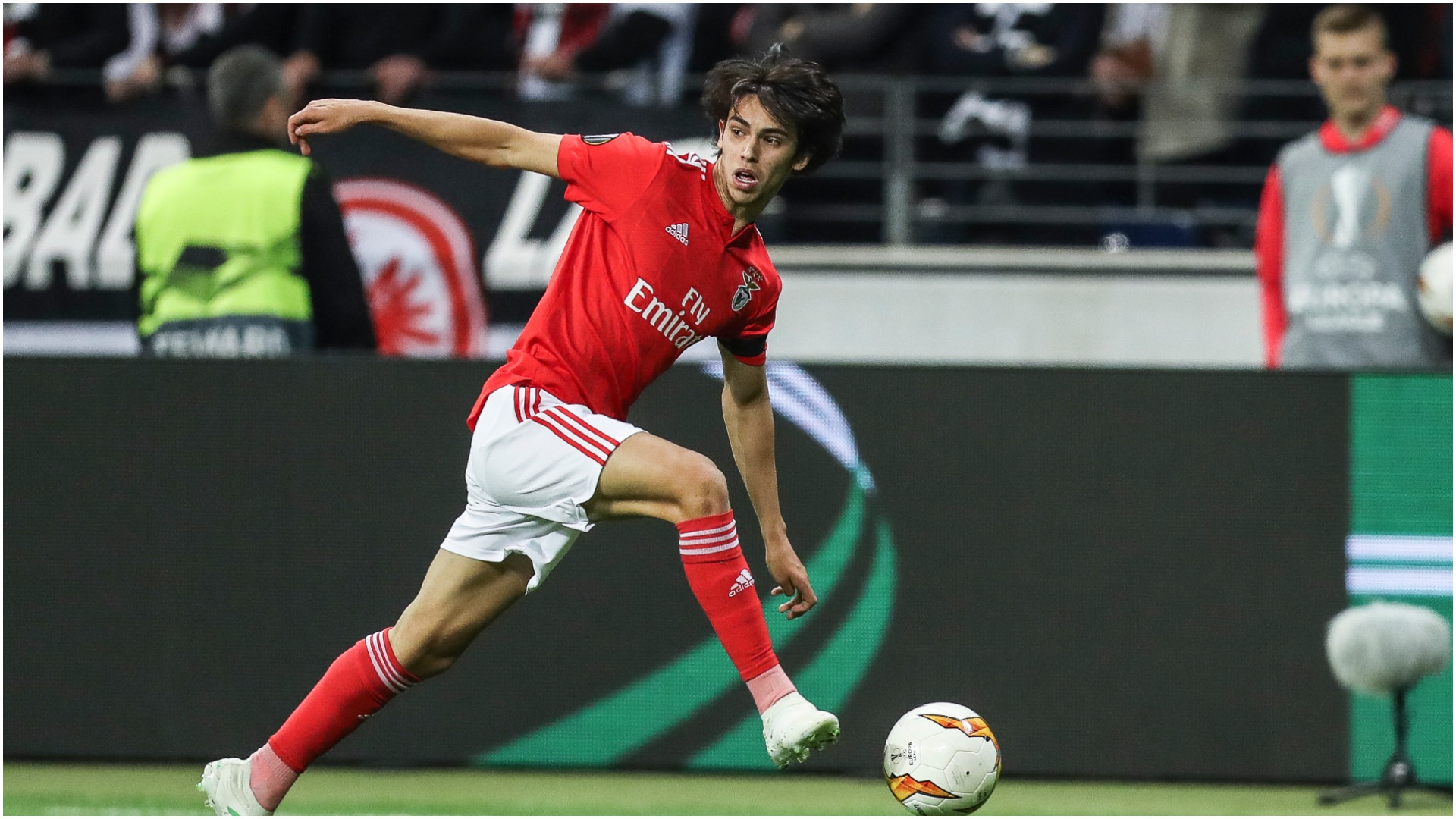 Benfica want full €120m release clause for Joao Felix