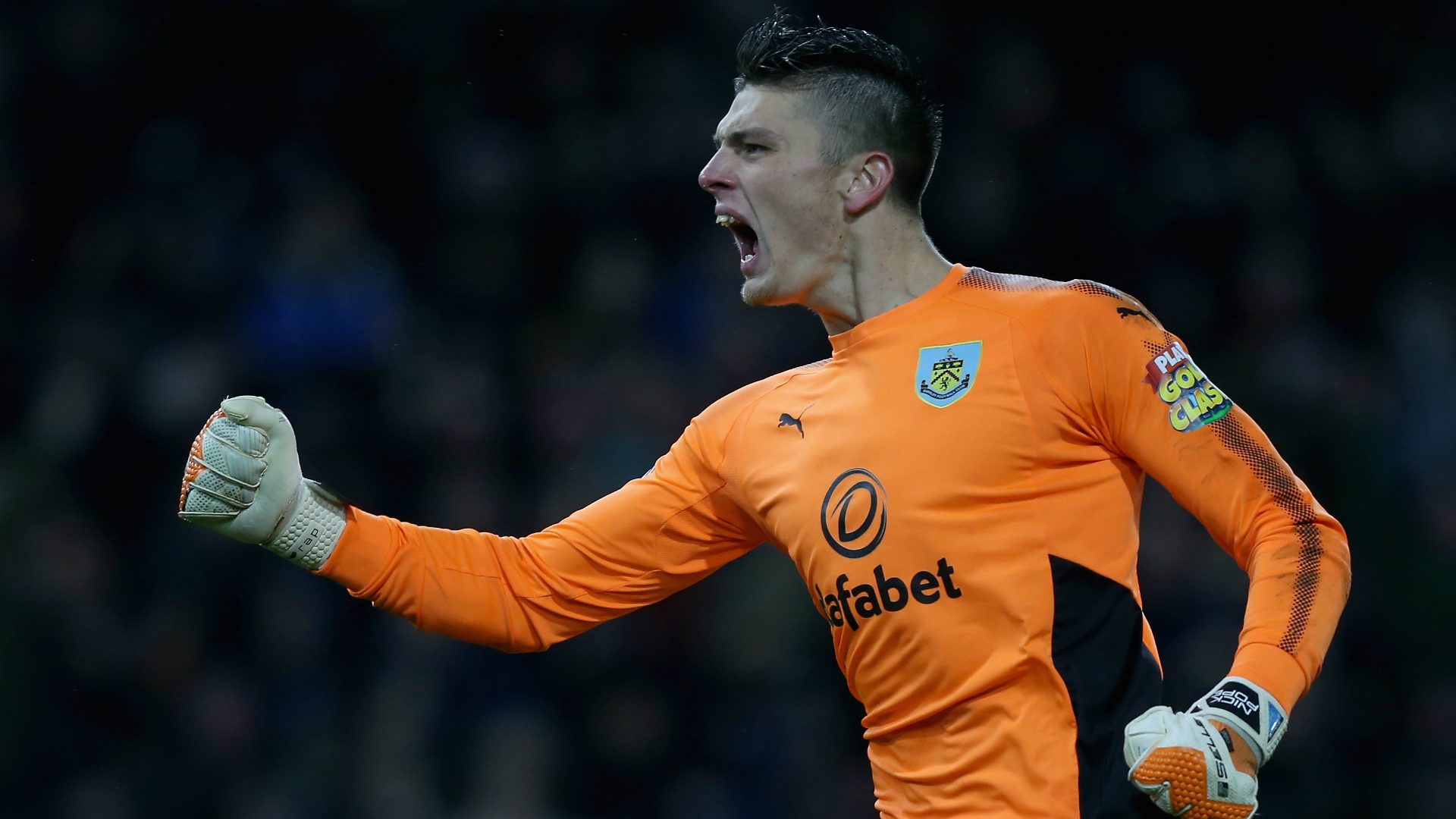 Pope commits to Burnley after injury woes