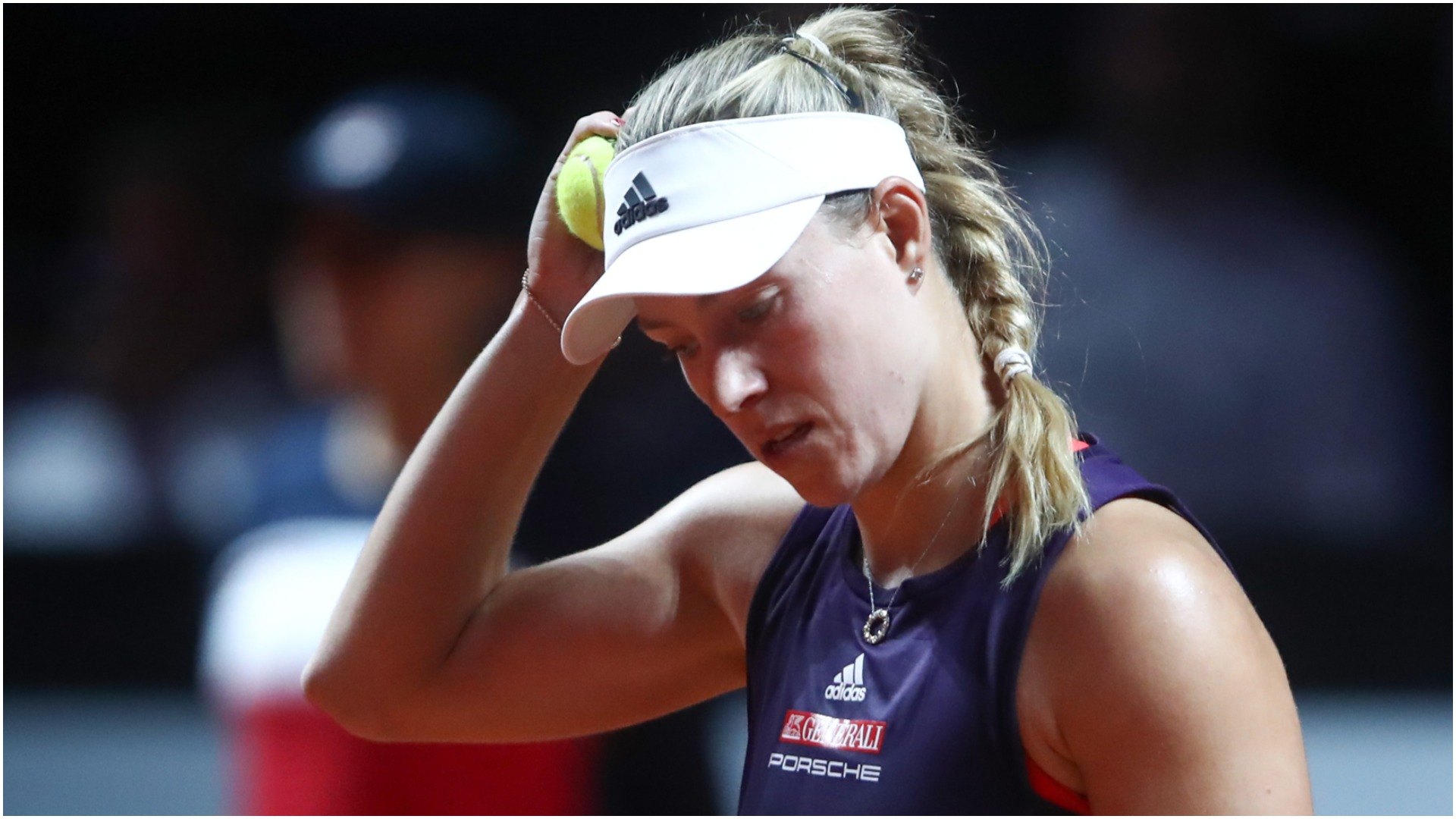 Kerber stunned by teenager Potapova in Roland Garros opener