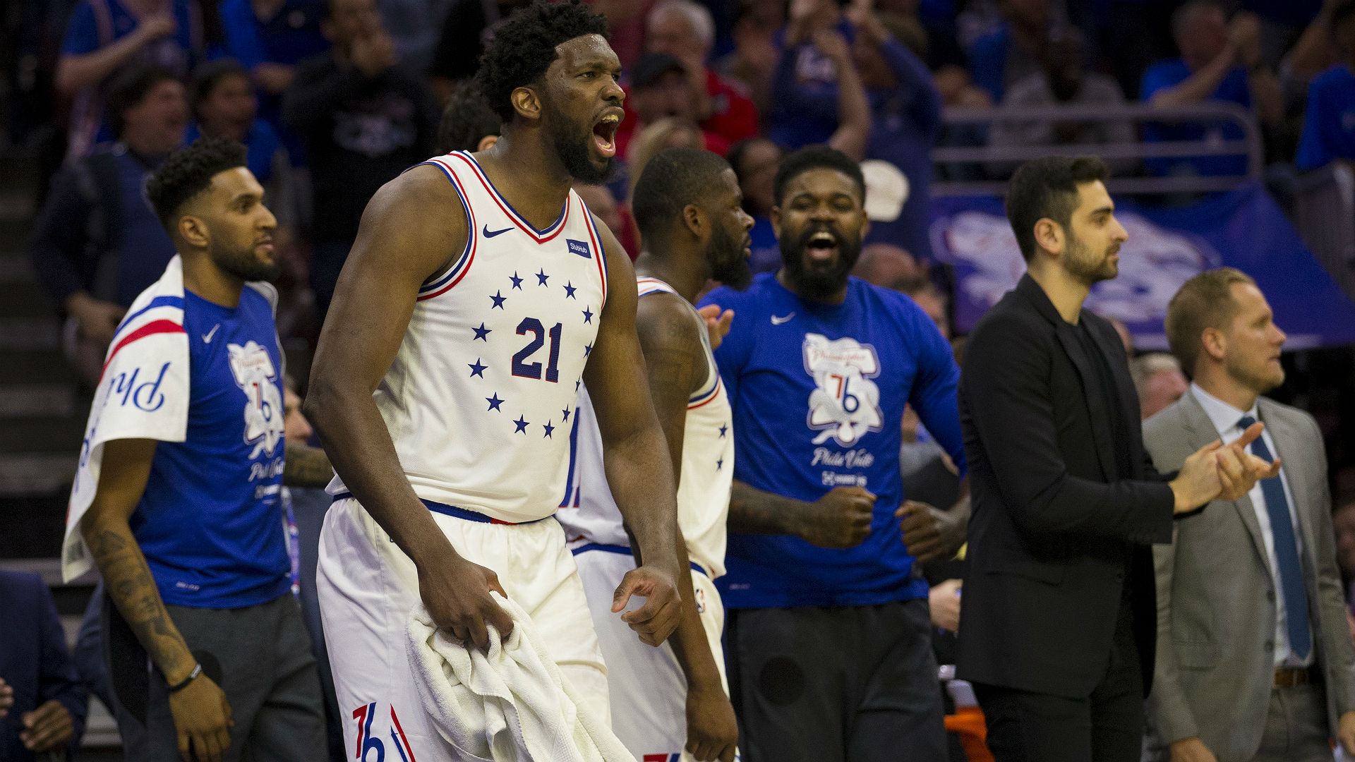 76ers pull away from Raptors in Game 3