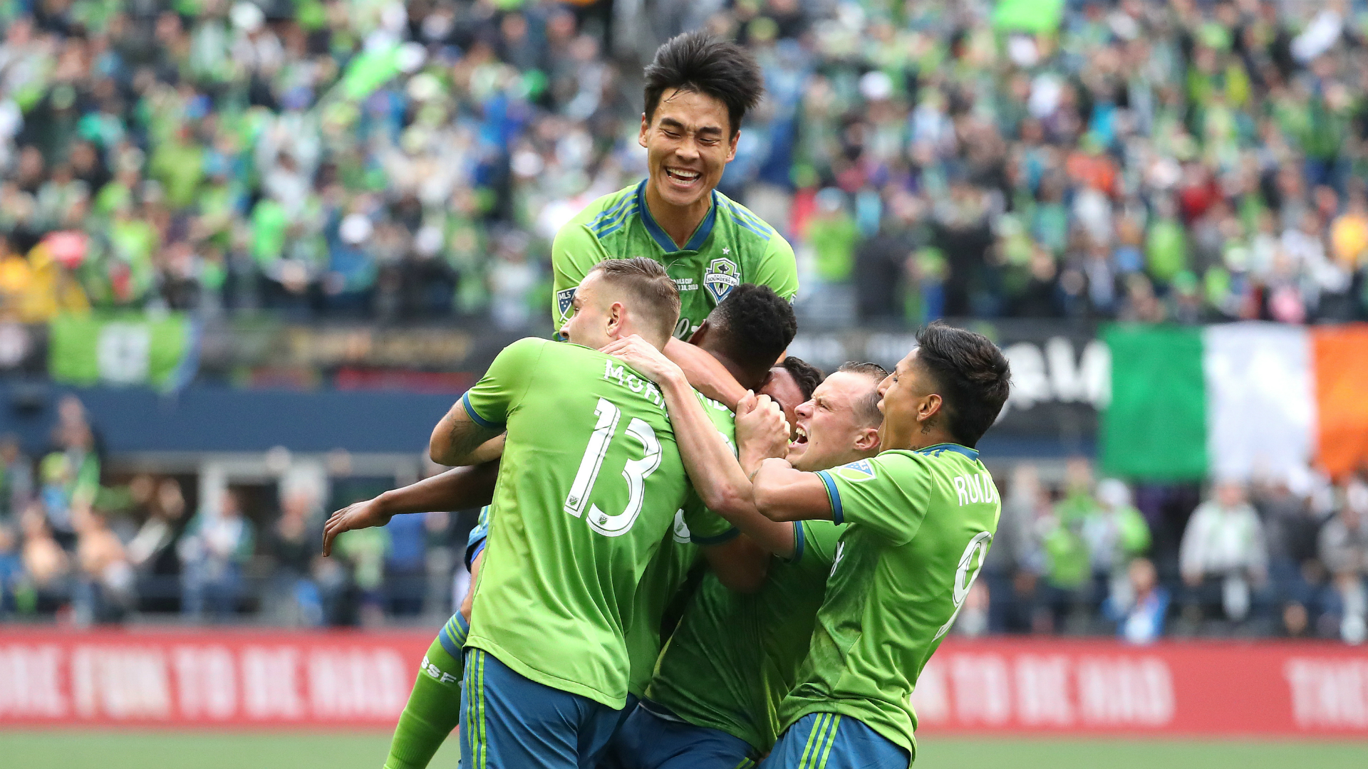 Seattle Sounders 3-1 Toronto: Rodriguez scores stunner in MLS Cup triumph