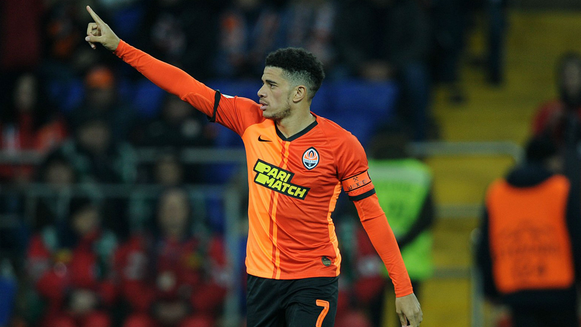 Shakhtar Donetsk star Taison sent off for reacting to racist abuse from Dynamo Kiev fans