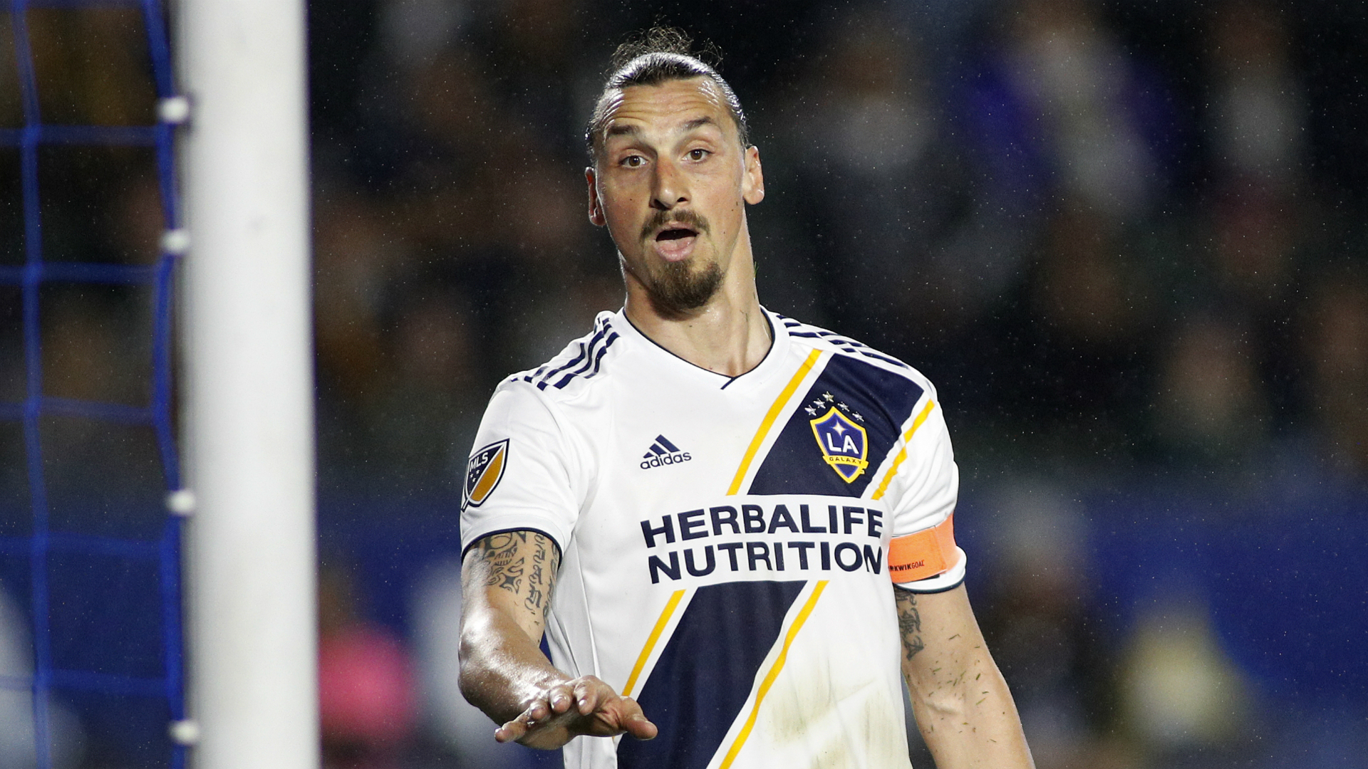 Rumour Has It: Milan look elsewhere amid Ibrahimovic links