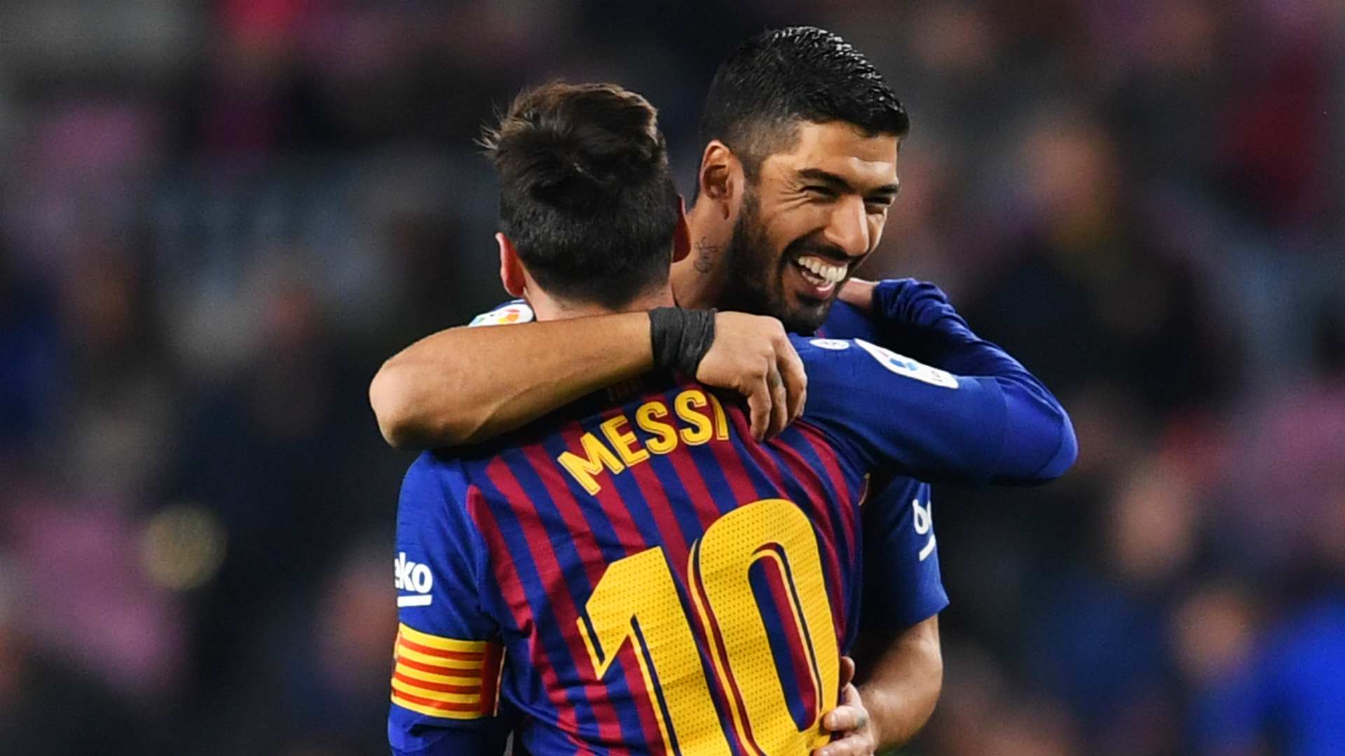Messi proves he is the best every day, says Barcelona team-mate Suarez