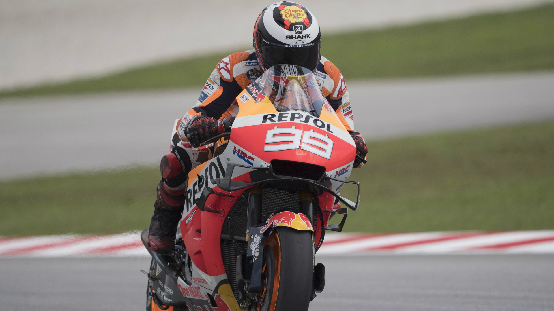 Lorenzo to start last race from 16th after Quartararo pips Marquez to pole