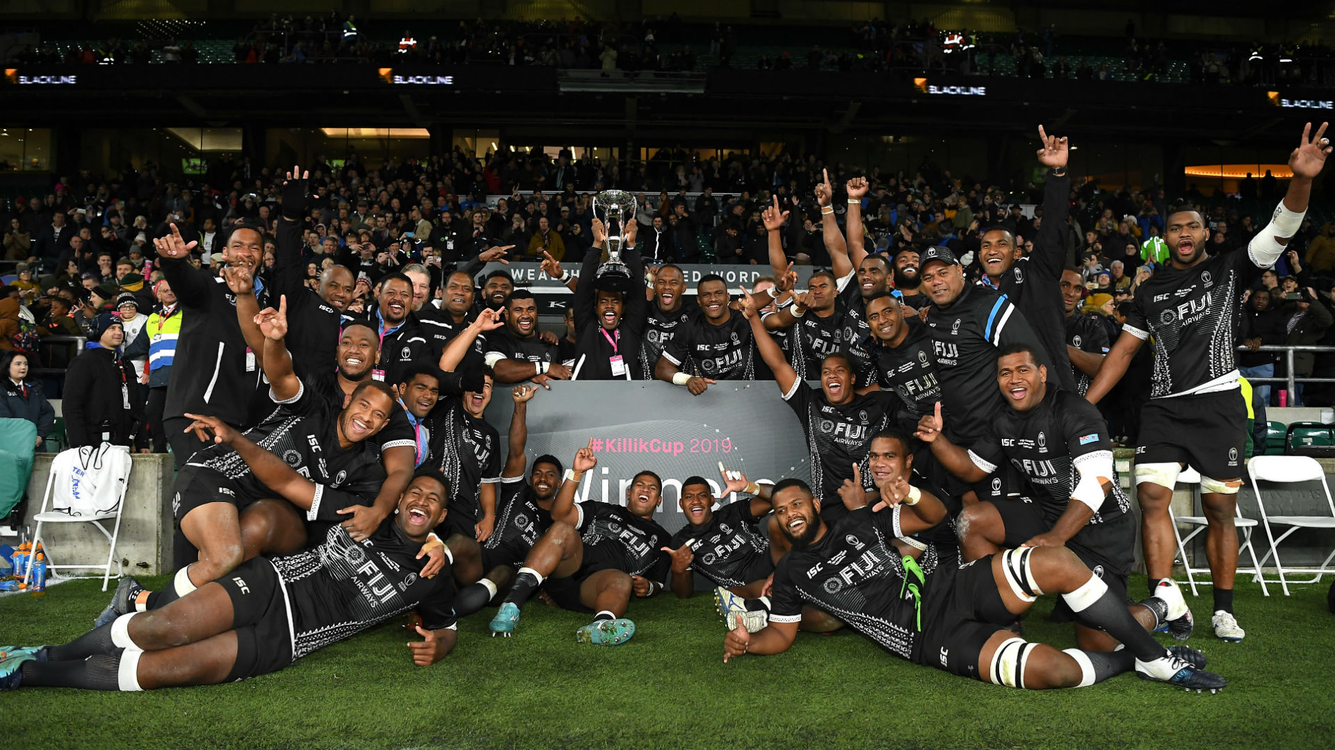 Dyer stars as Fiji beat Barbarians in thriller