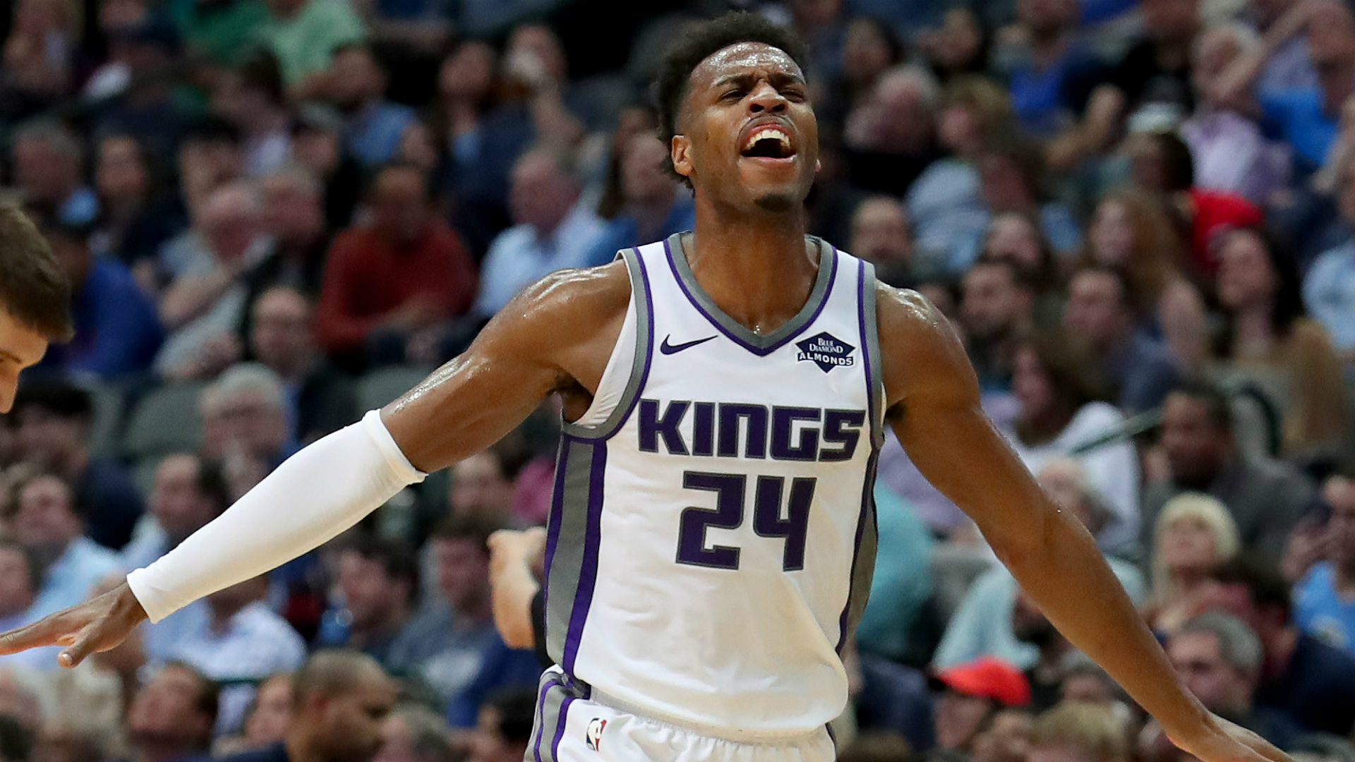Kings snap Celtics' 10-game winning streak, LeBron leads Lakers