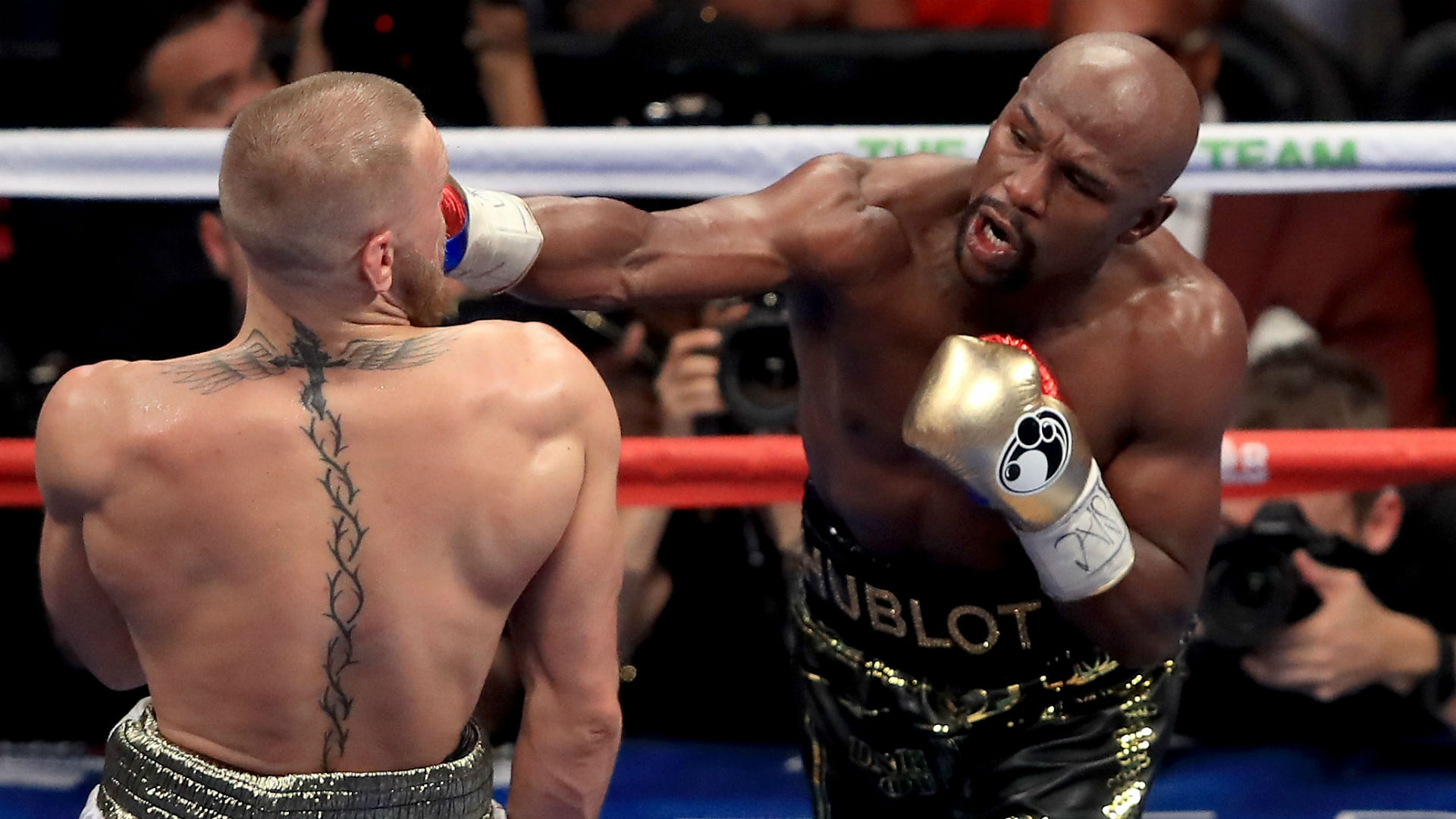 Mayweather coming out of retirement, promises 'spectacular event'