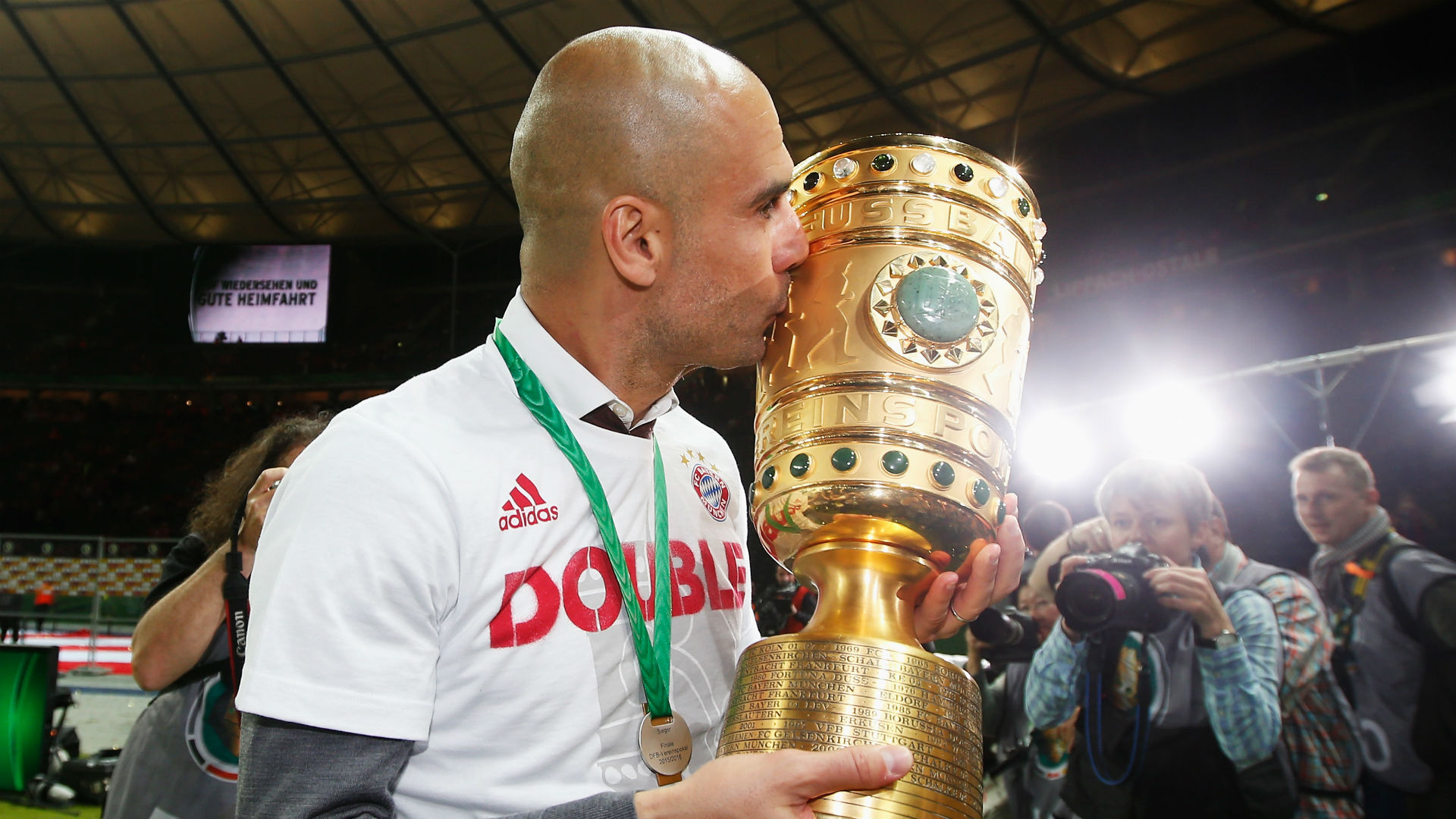 Guardiola dismisses speculation of Bayern Munich return