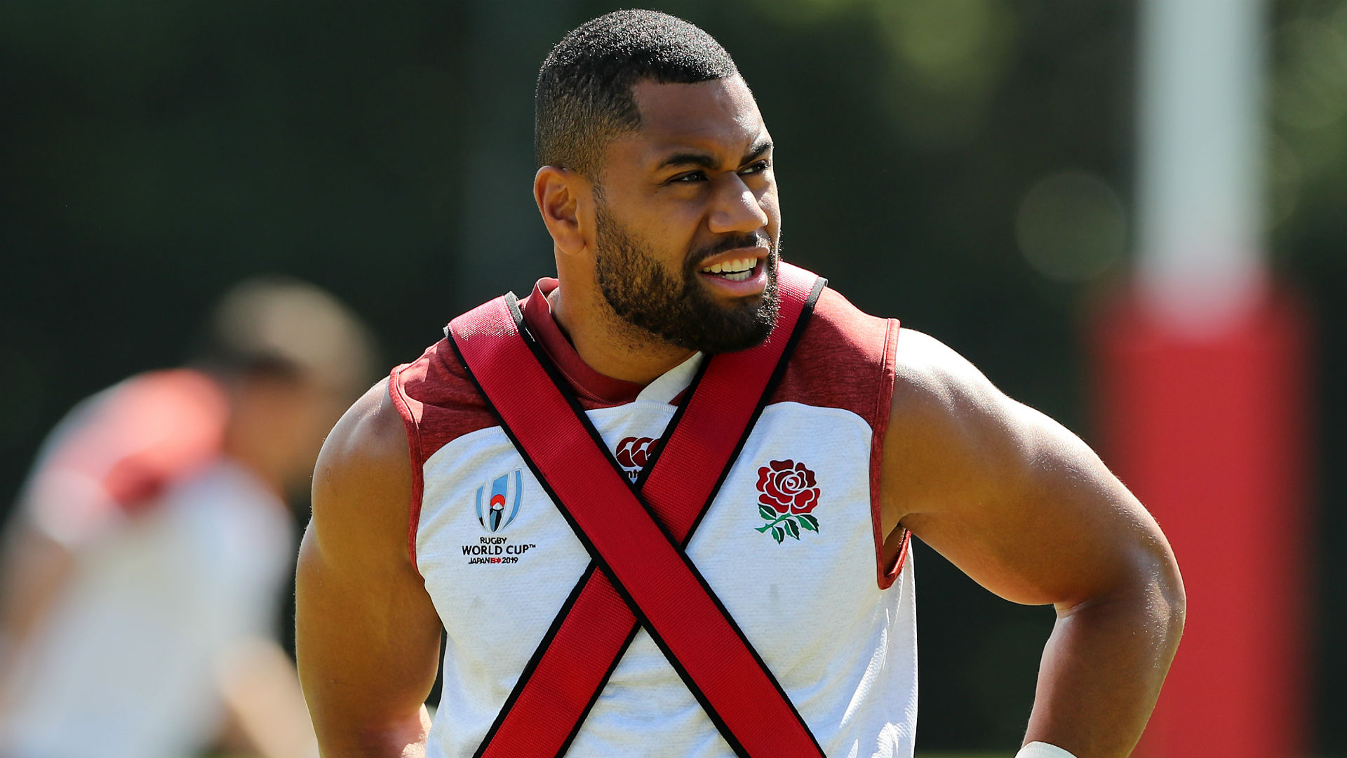 England wing Joe Cokanasiga sidelined by knee injury