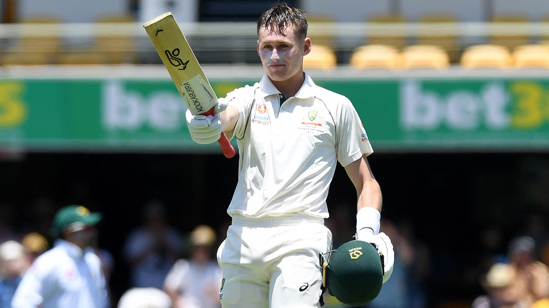 Australia close in on Pakistan win after Labuschagne's maiden Test century