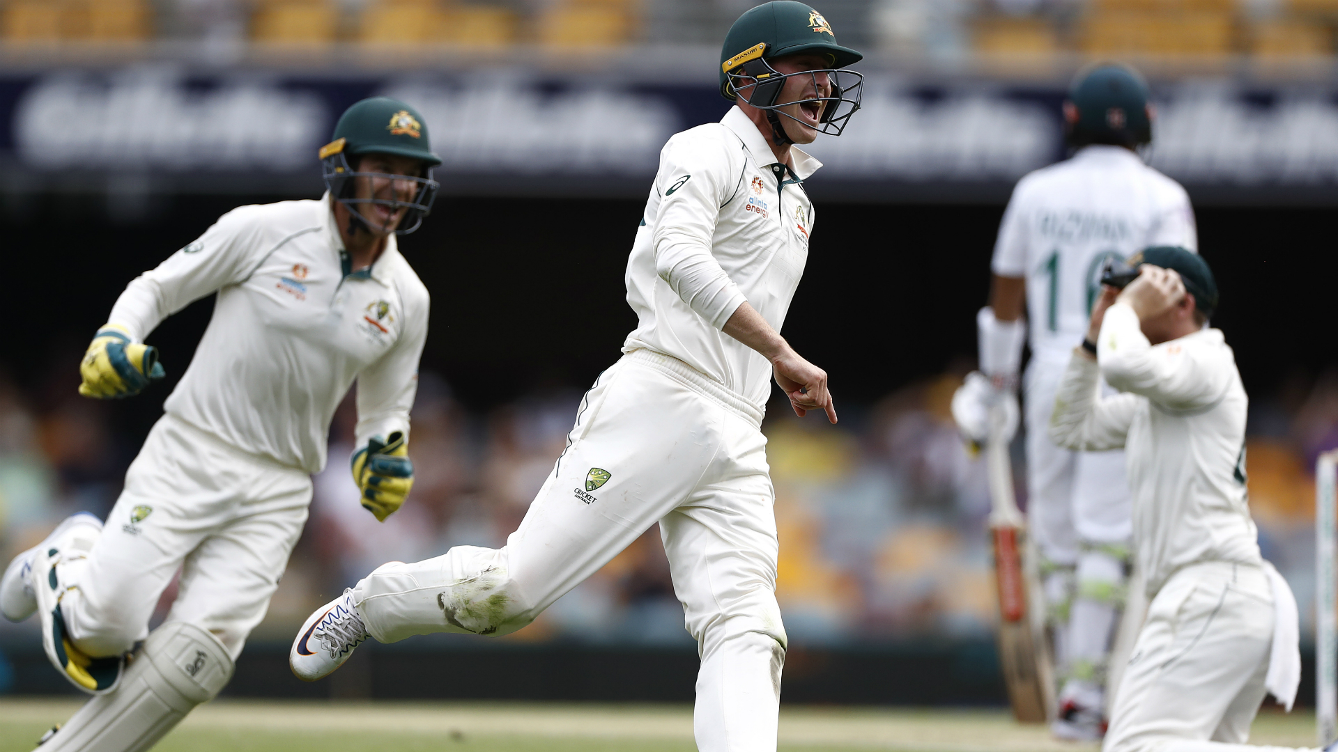 Australia claim crushing win over Pakistan in first Test