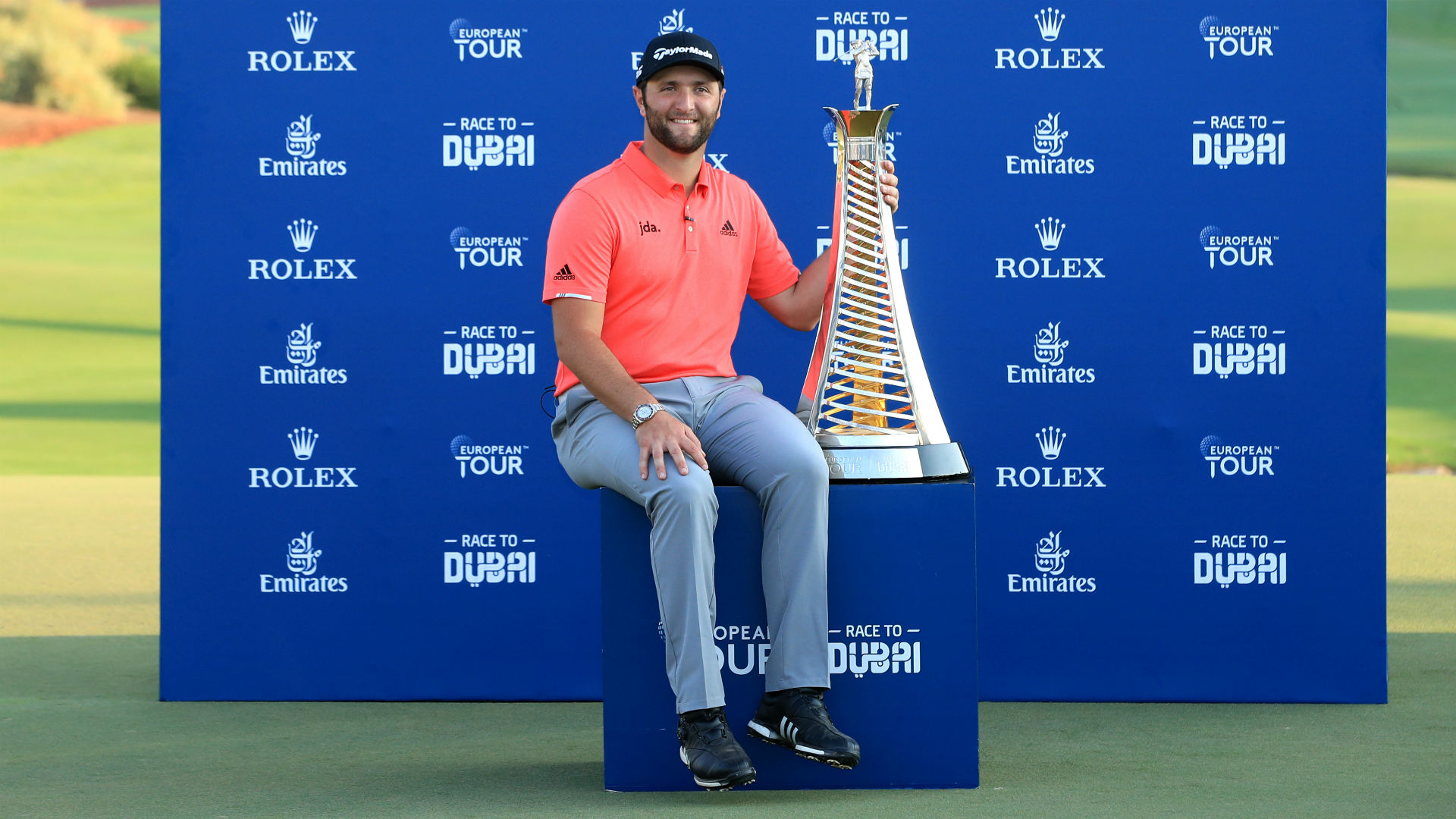 Rahm holds off fast-finishing Fleetwood to double up in Dubai