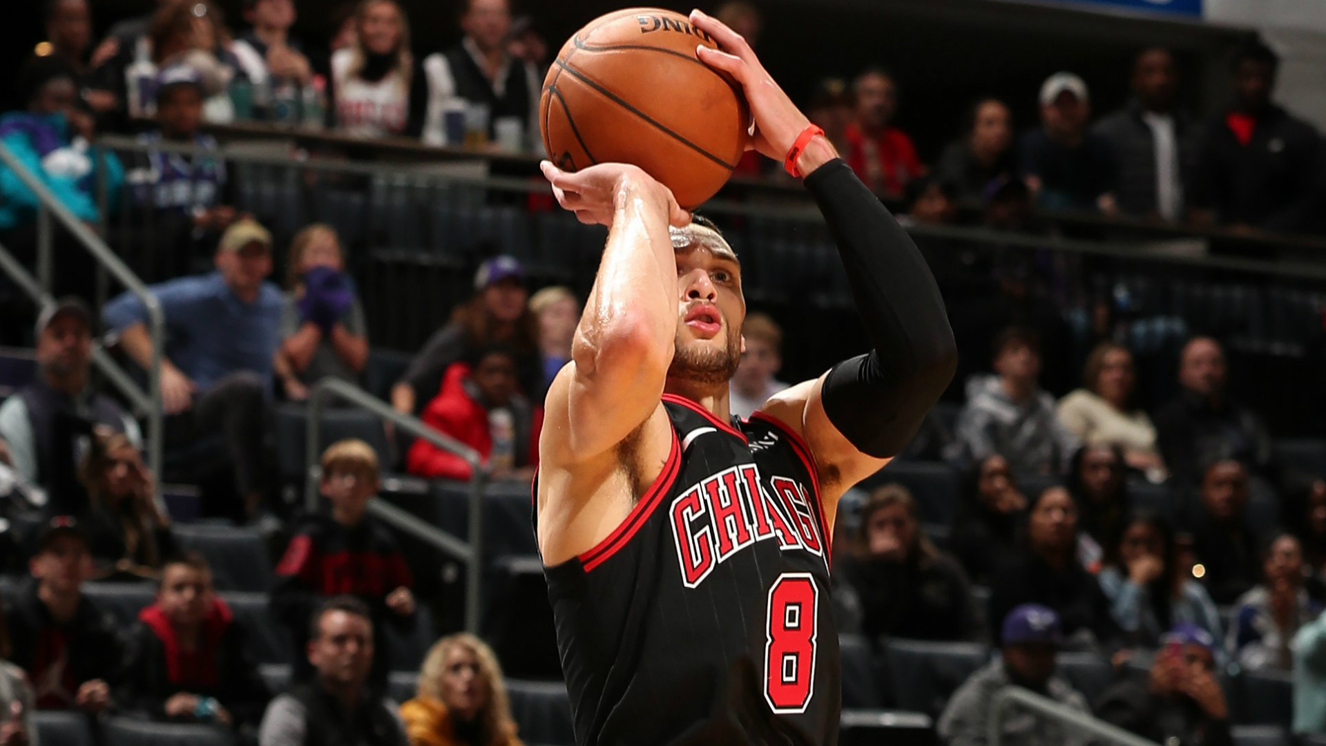 LaVine sets Bulls record and ties NBA mark in stunning comeback