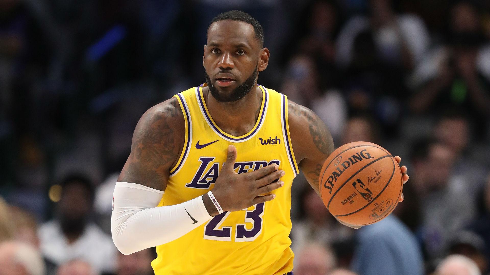 Lakers' LeBron James reaches NBA milestone