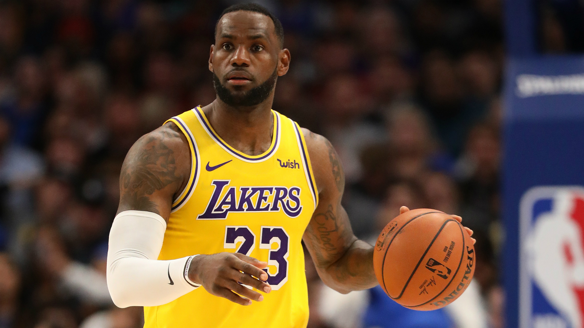 LeBron's third straight triple-double leads Lakers rally