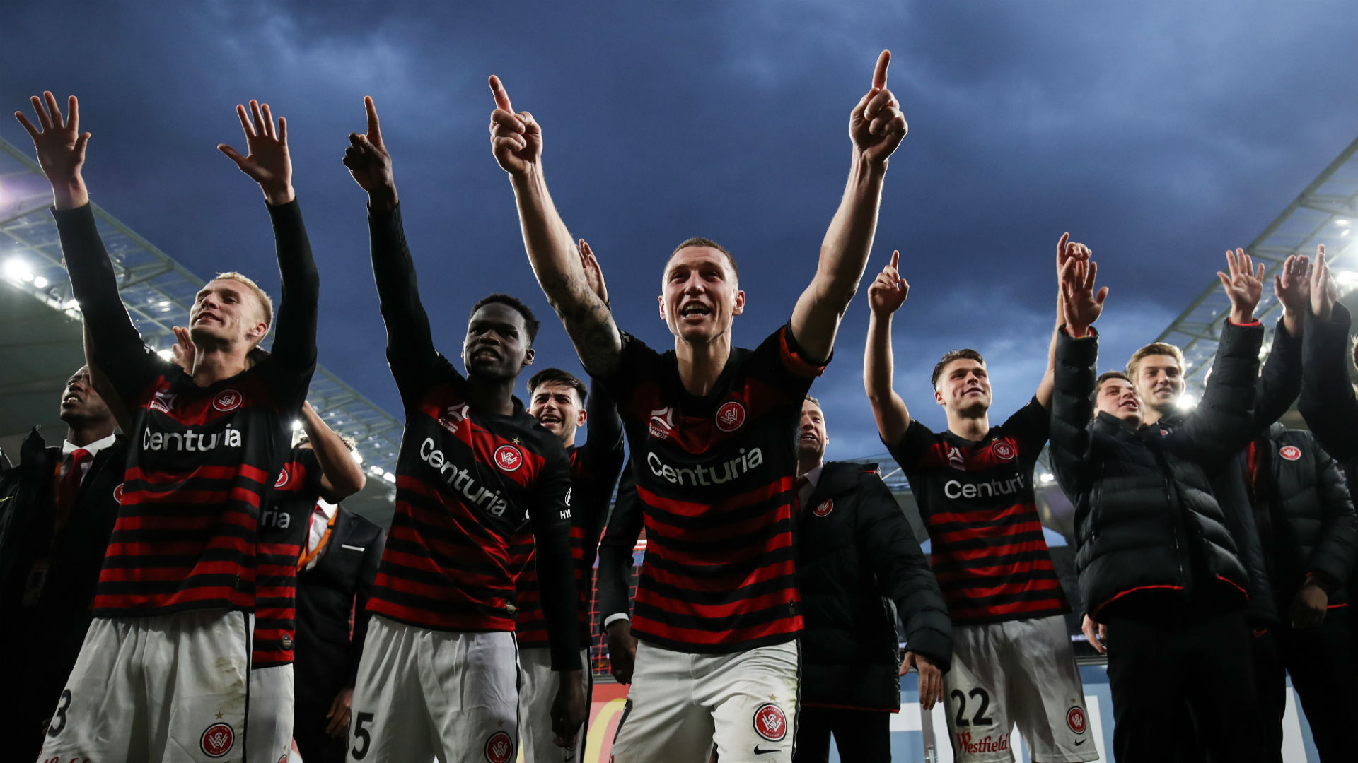 A-League Review: Duke double seals Wanderers win, Melbourne derby ends in stalemate