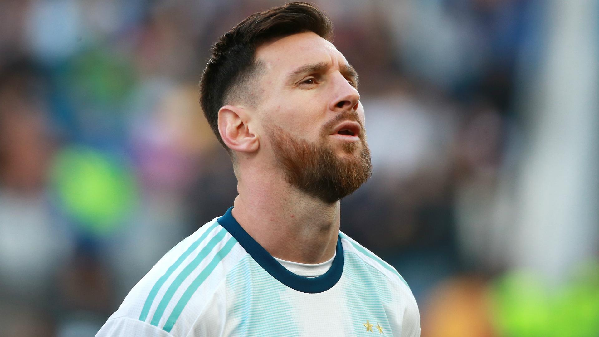 Messi will make Argentina return next month – Scaloni
