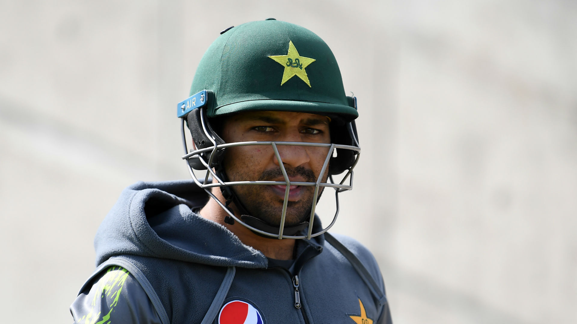 Sarfraz sacked as Pakistan captain