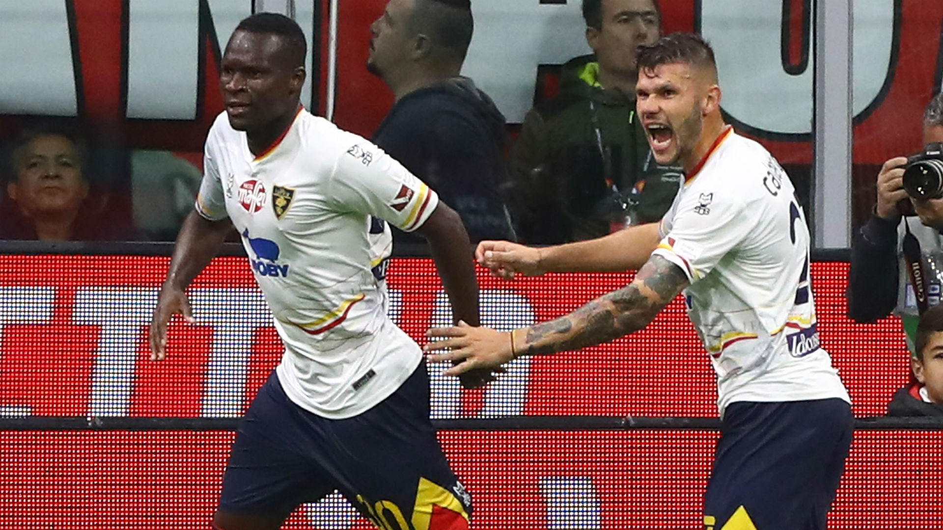 AC Milan 2-2 Lecce: Pioli denied winning start by spectacular late strike
