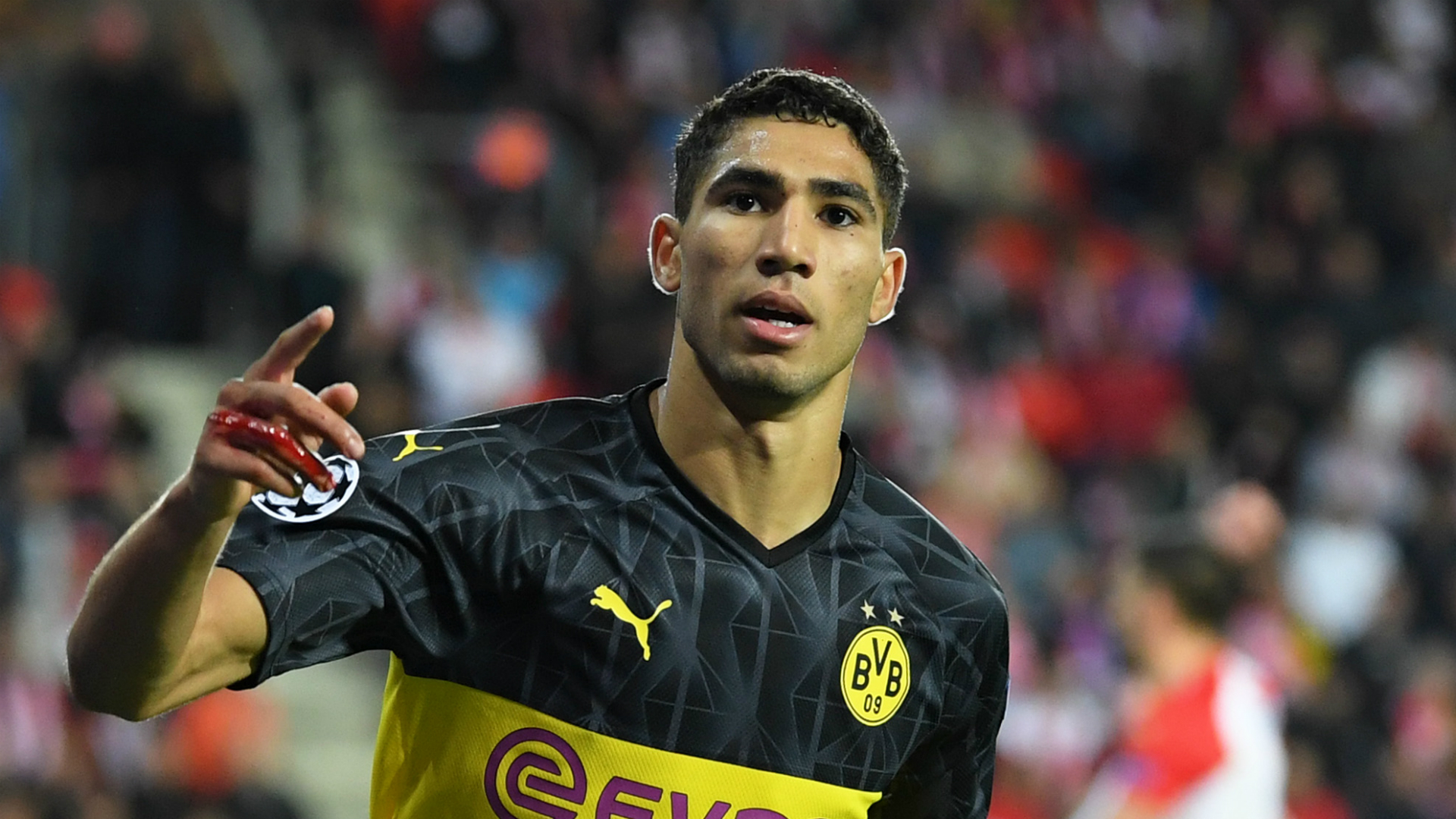 Favre hails 'dangerous' Achraf after youngster's match-winning double