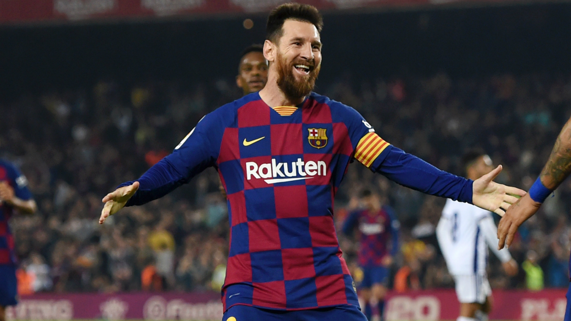 Messi is from another planet – Vidal hails Barcelona superstar