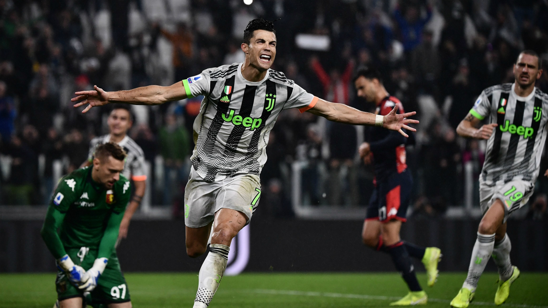 Juventus 2 1 Genoa Ronaldo Penalty Gives 10 Man Champions