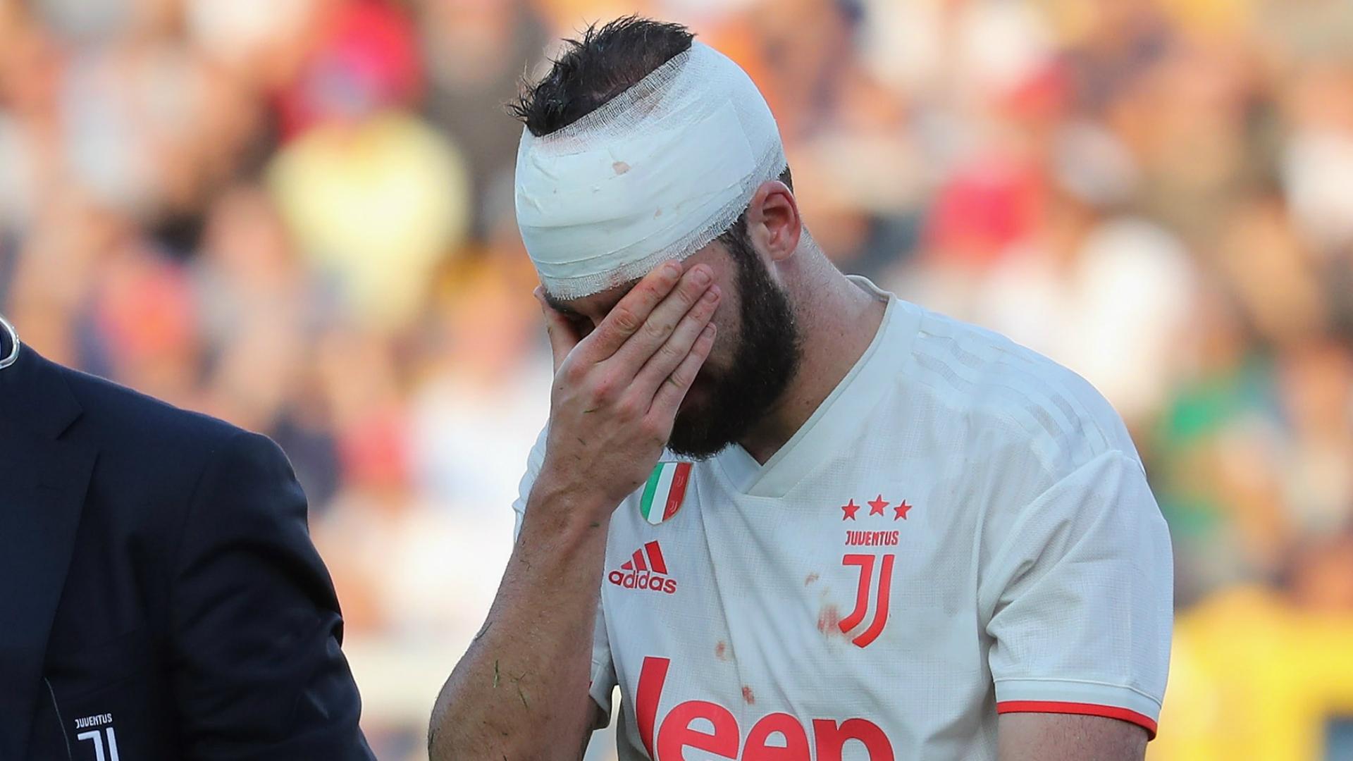 Juventus striker Higuain returns to training ahead of Torino clash