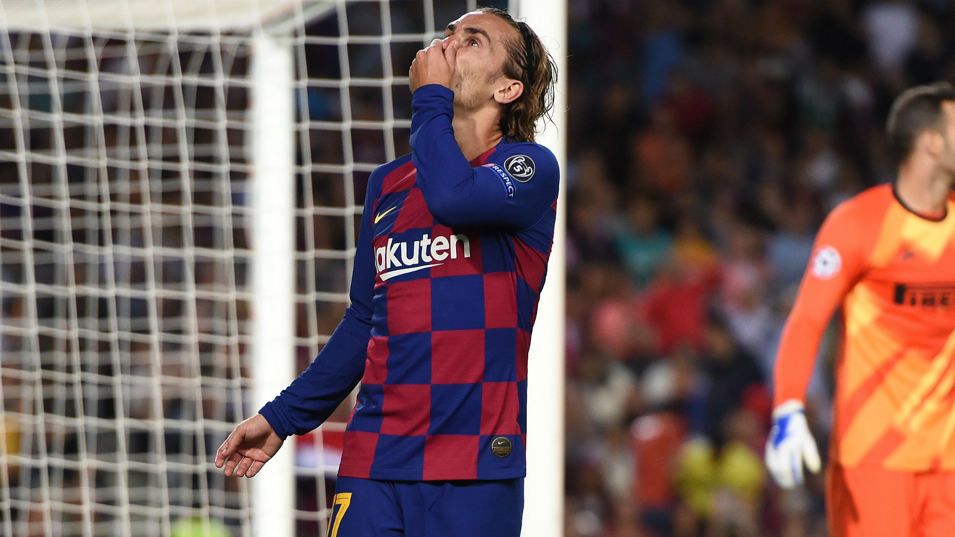 Griezmann Is Very Happy At Barcelona Insists Team Mate