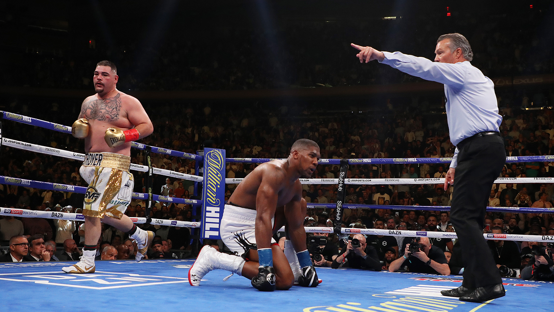 Anthony Joshua's trainer clarifies comments: 'Concussed' may not have been right term to use