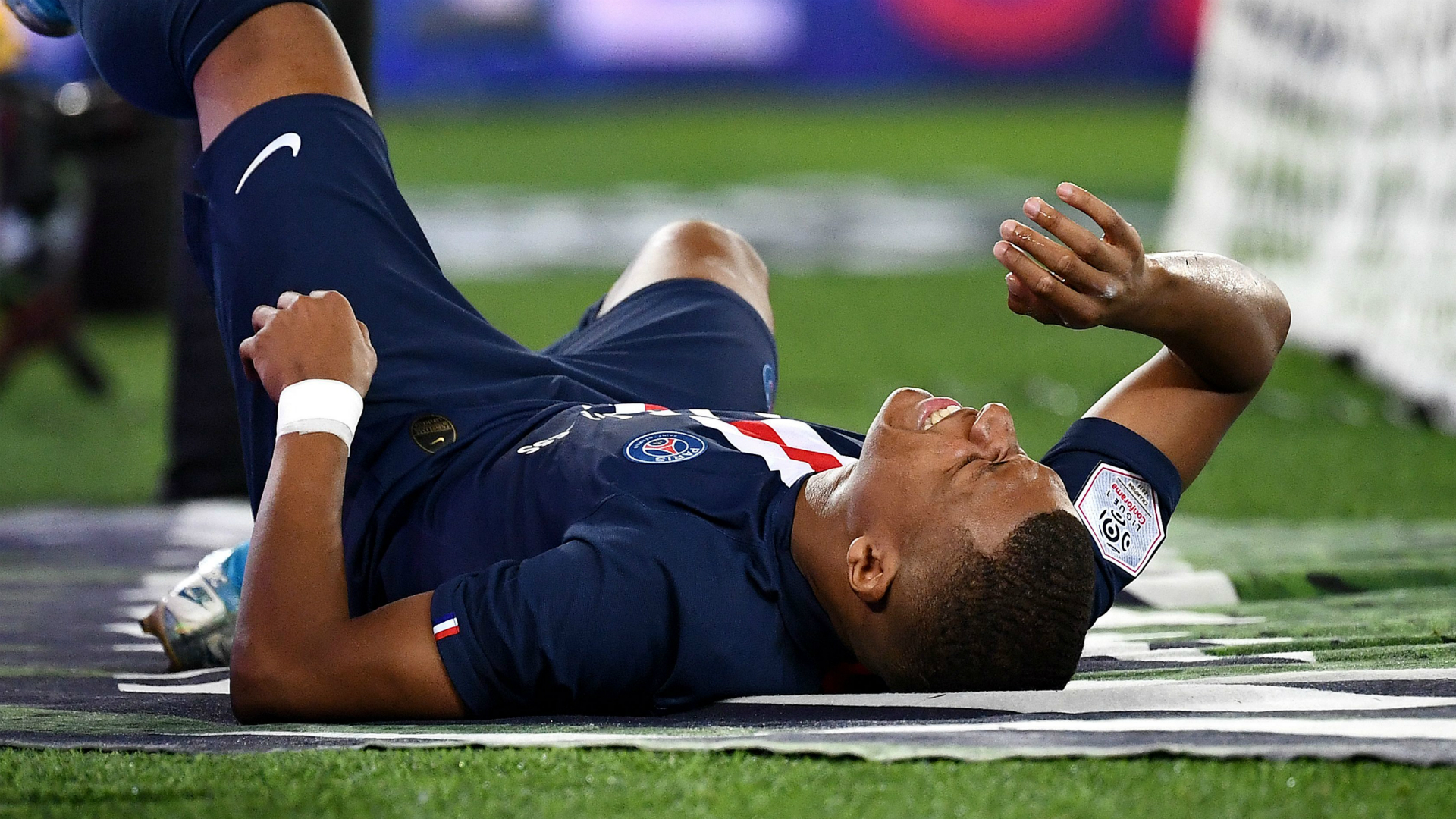 Mbappe 'progressing well' but yet to return to PSG training