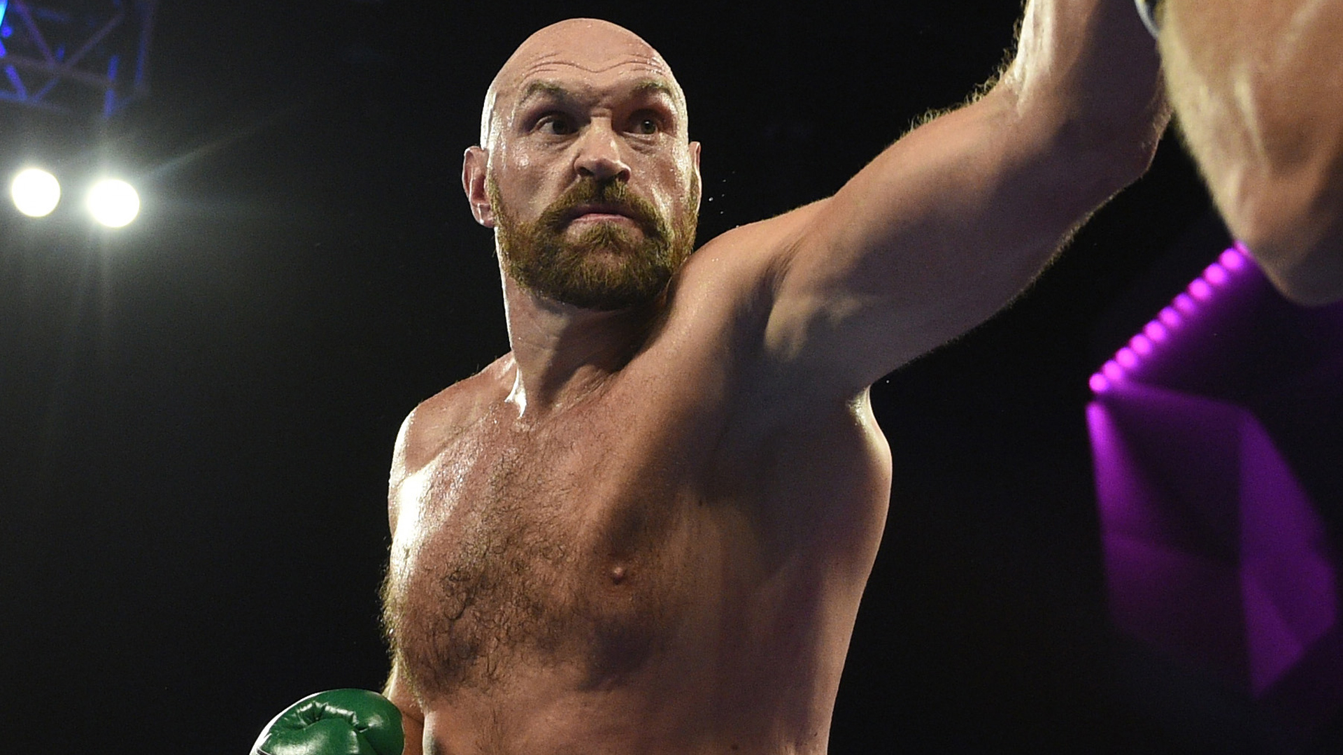 Fury survives huge scare to beat Wallin