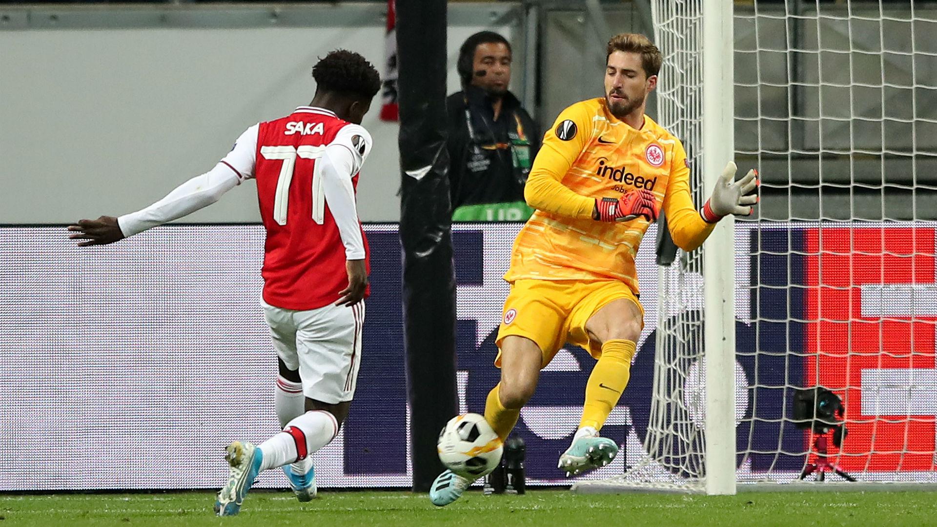 Eintracht Frankfurt 0-3 Arsenal: Saka punishes 10-man hosts