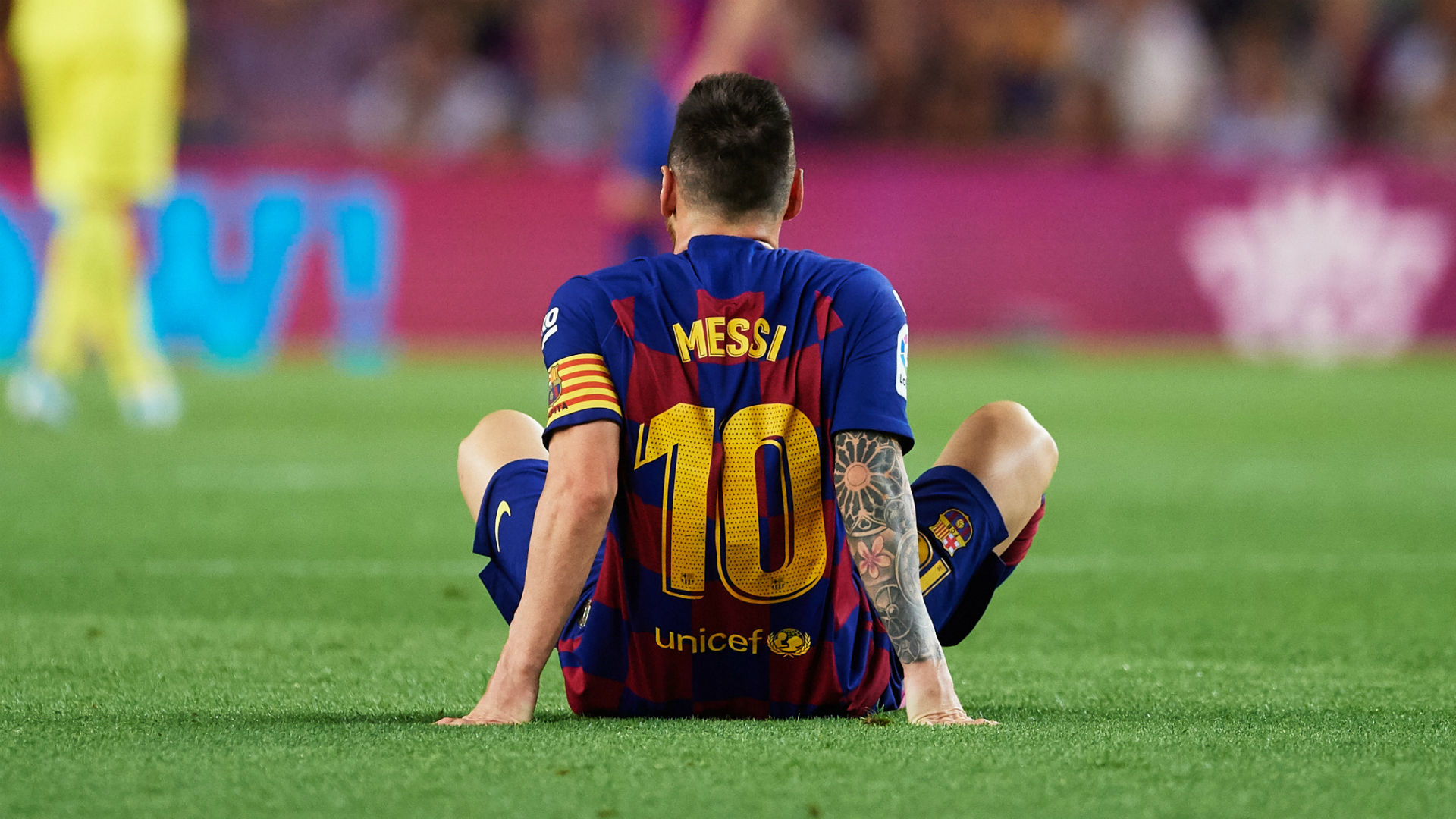 Barcelona confirm Messi thigh injury