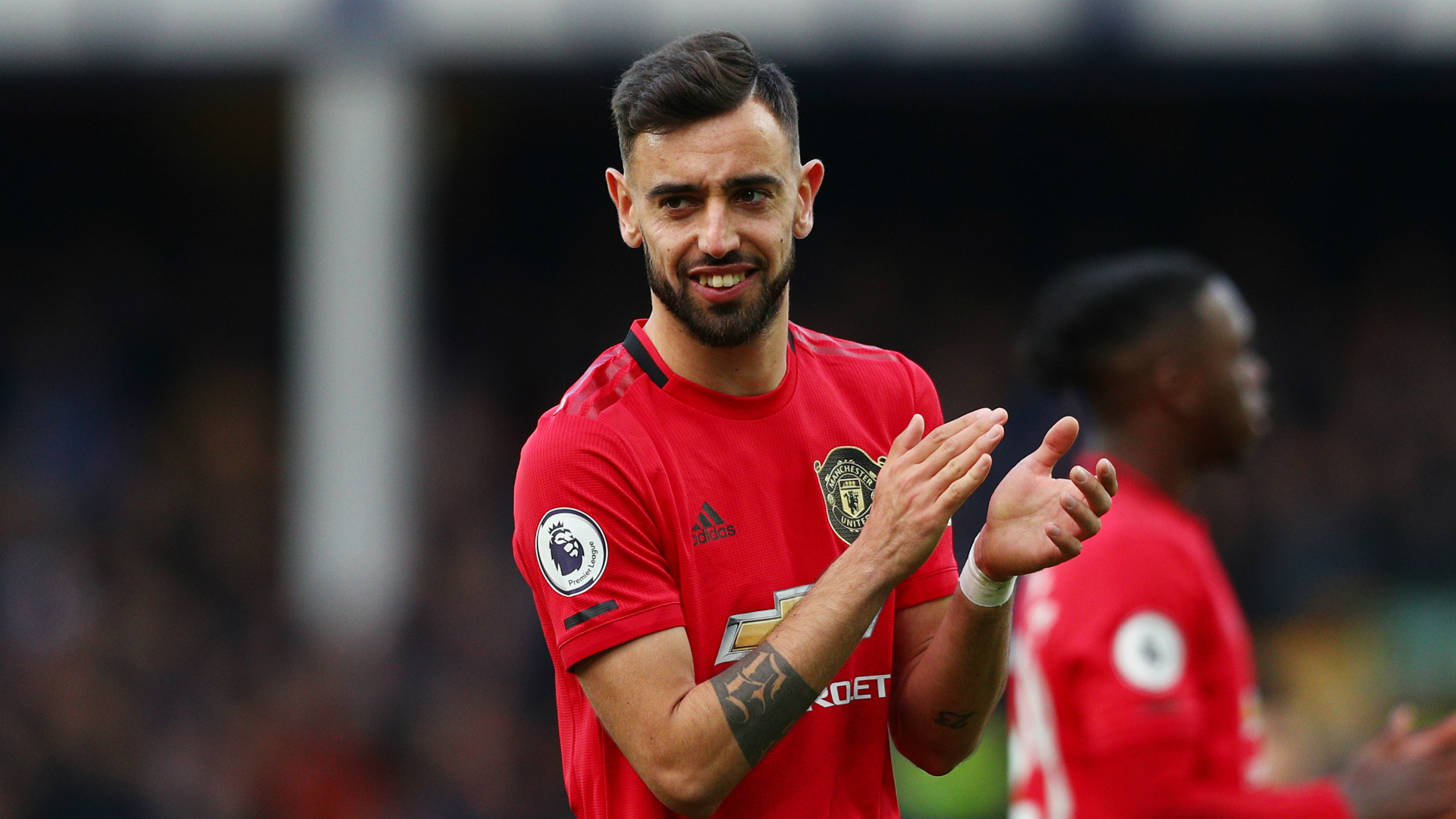 Bruno Fernandes Pared To Scholes By Man Utd Great Robson