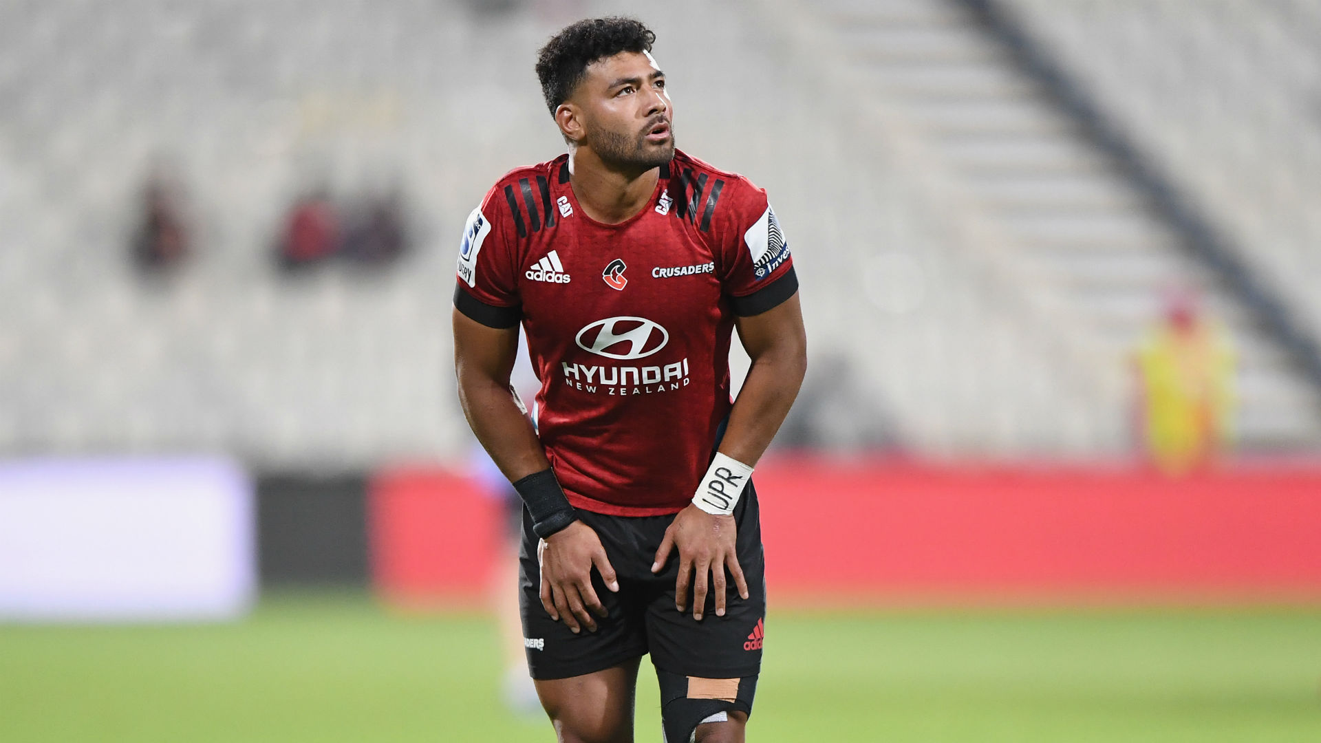 Coronavirus: Mo'unga apologises as Crusaders come under fire for park training