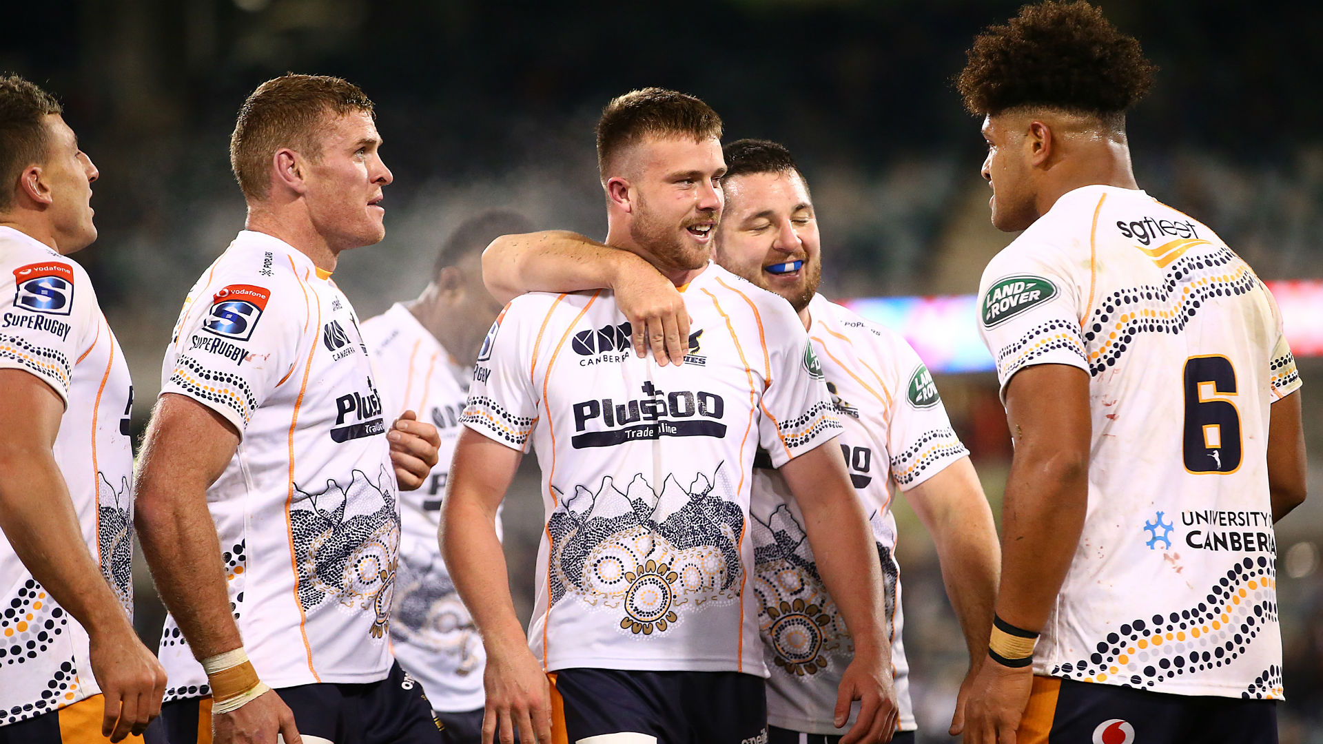 Hansen the hero as Brumbies leave it late to see off Reds