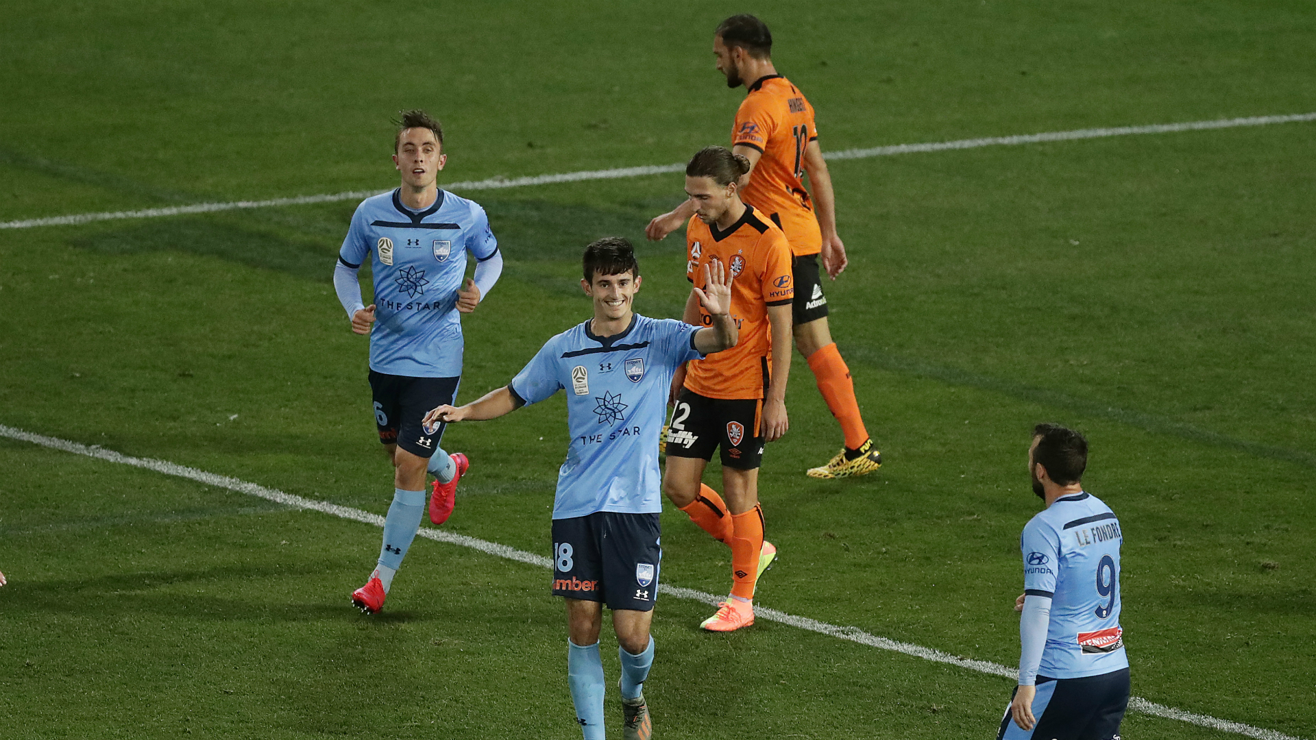 Brisbane Roar 1-1 Sydney FC: Premiers held as winless run spans to four matches