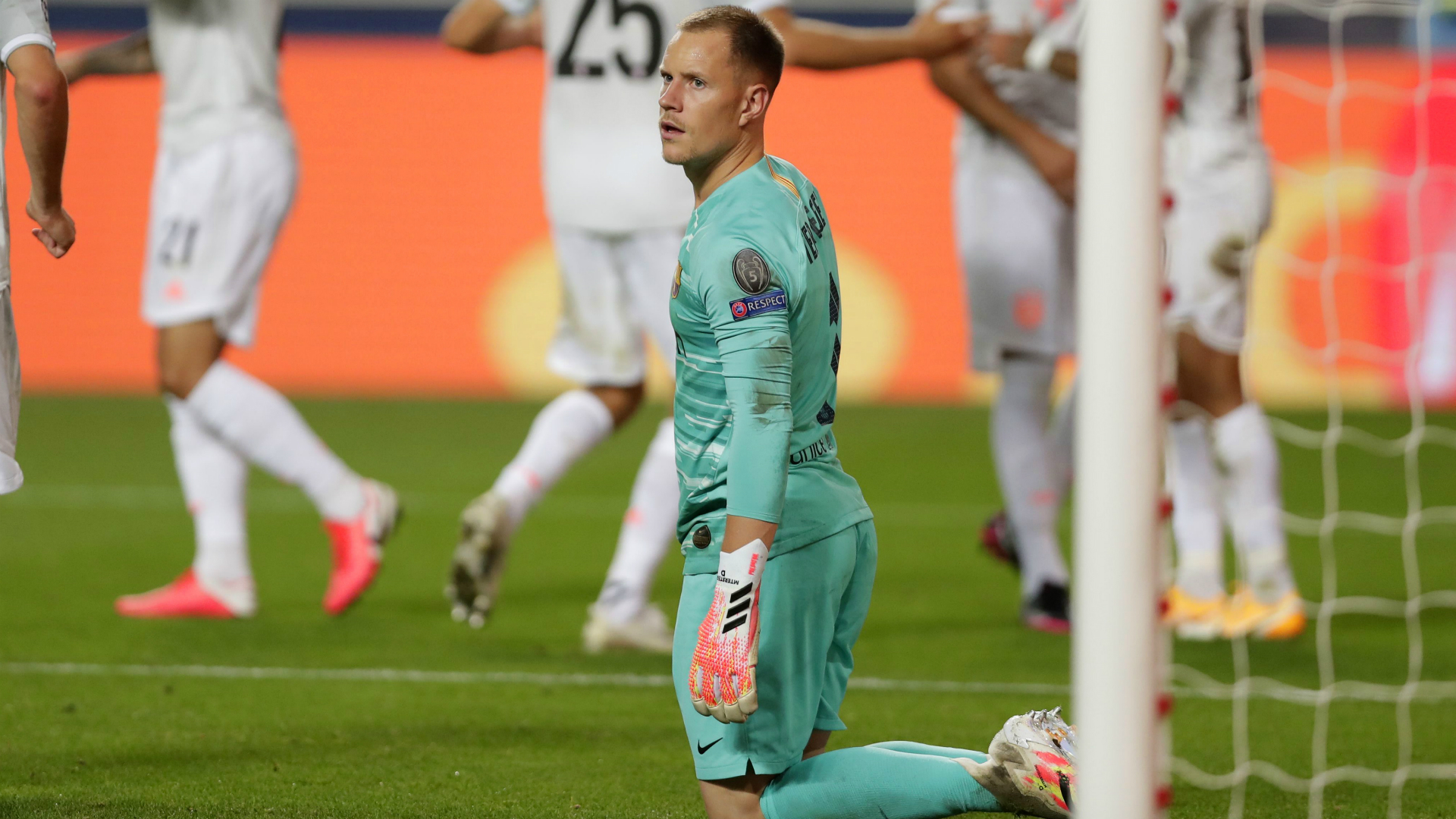 Bayern's Neuer saddened to see German rival Ter Stegen concede eight goals