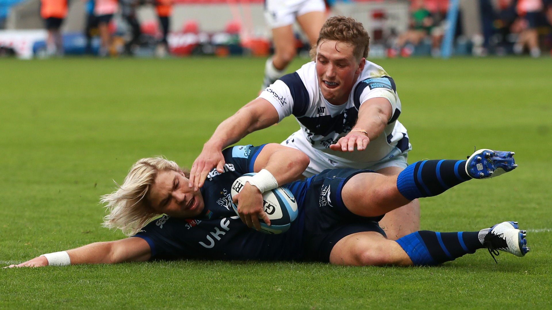 Sale Sharks 40-7 Bristol: Hosts overtake Bears to go second thanks to crushing win