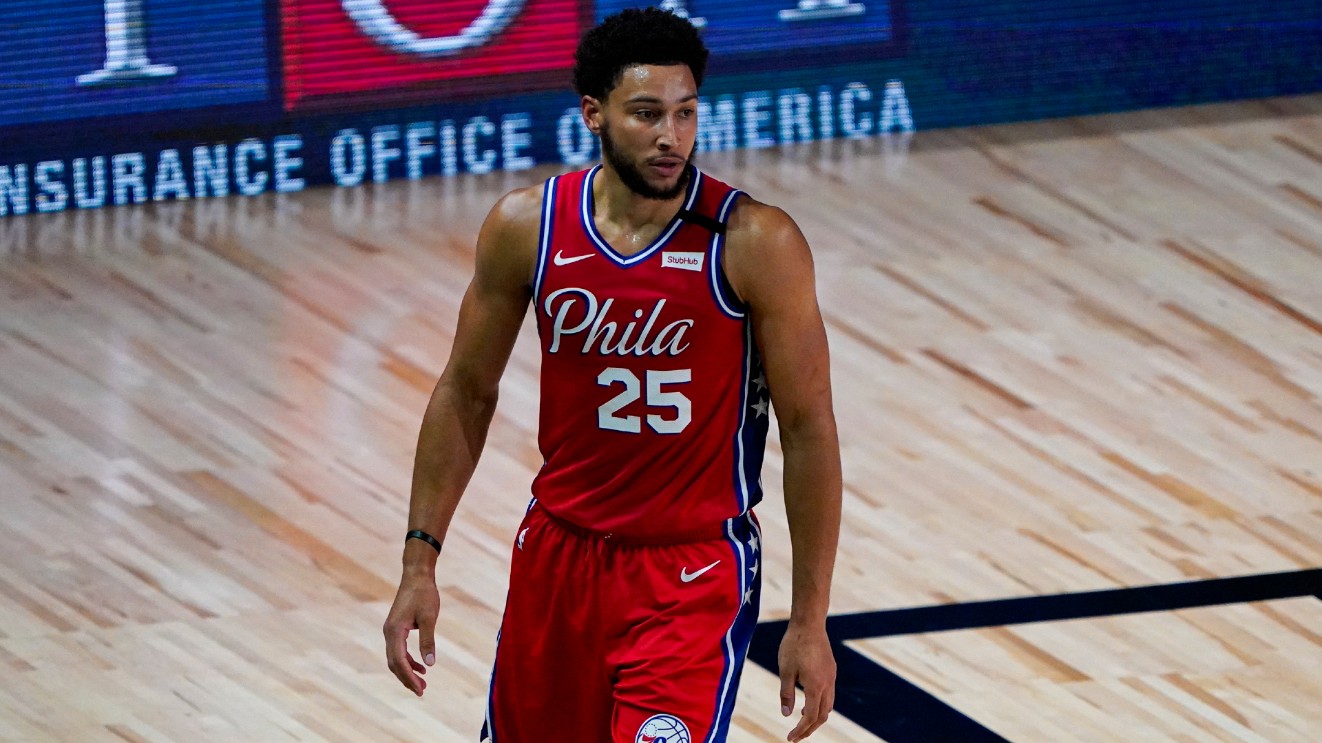 Brown unsure about severity of Simmons' knee injury